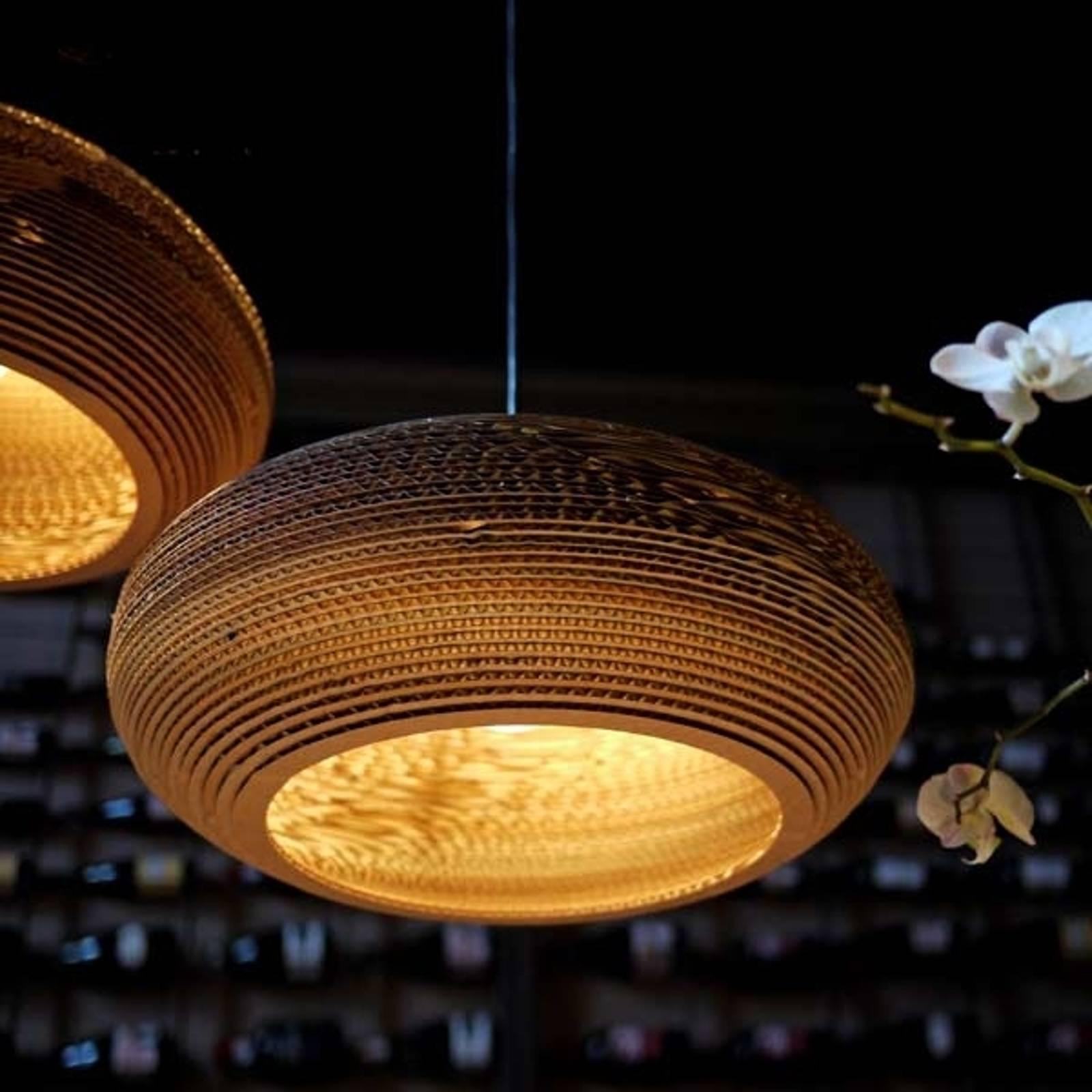 Ekologiczna lampa wisząca Disc z kartonu