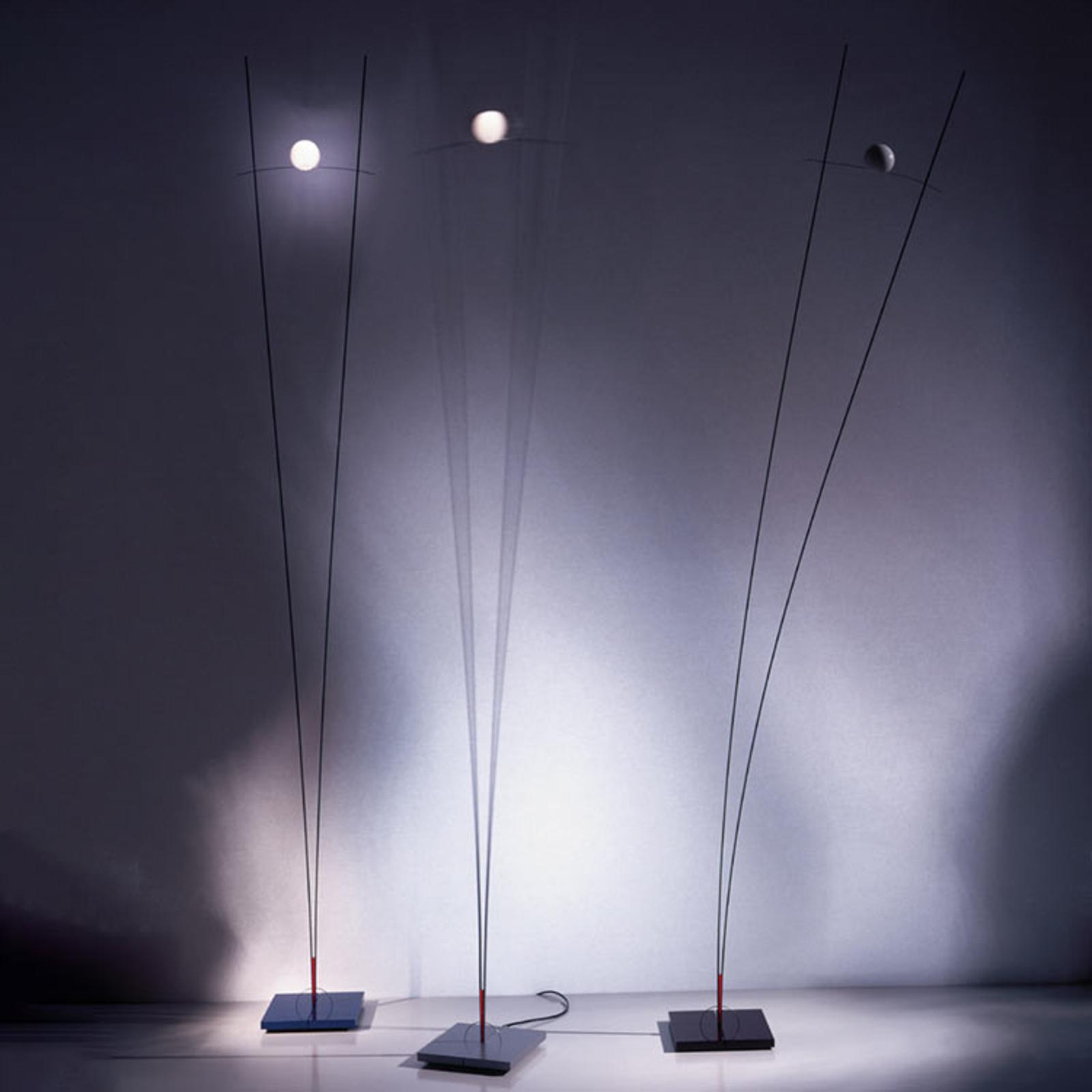 Filigranowa lampa stojąca Ilios, czarna