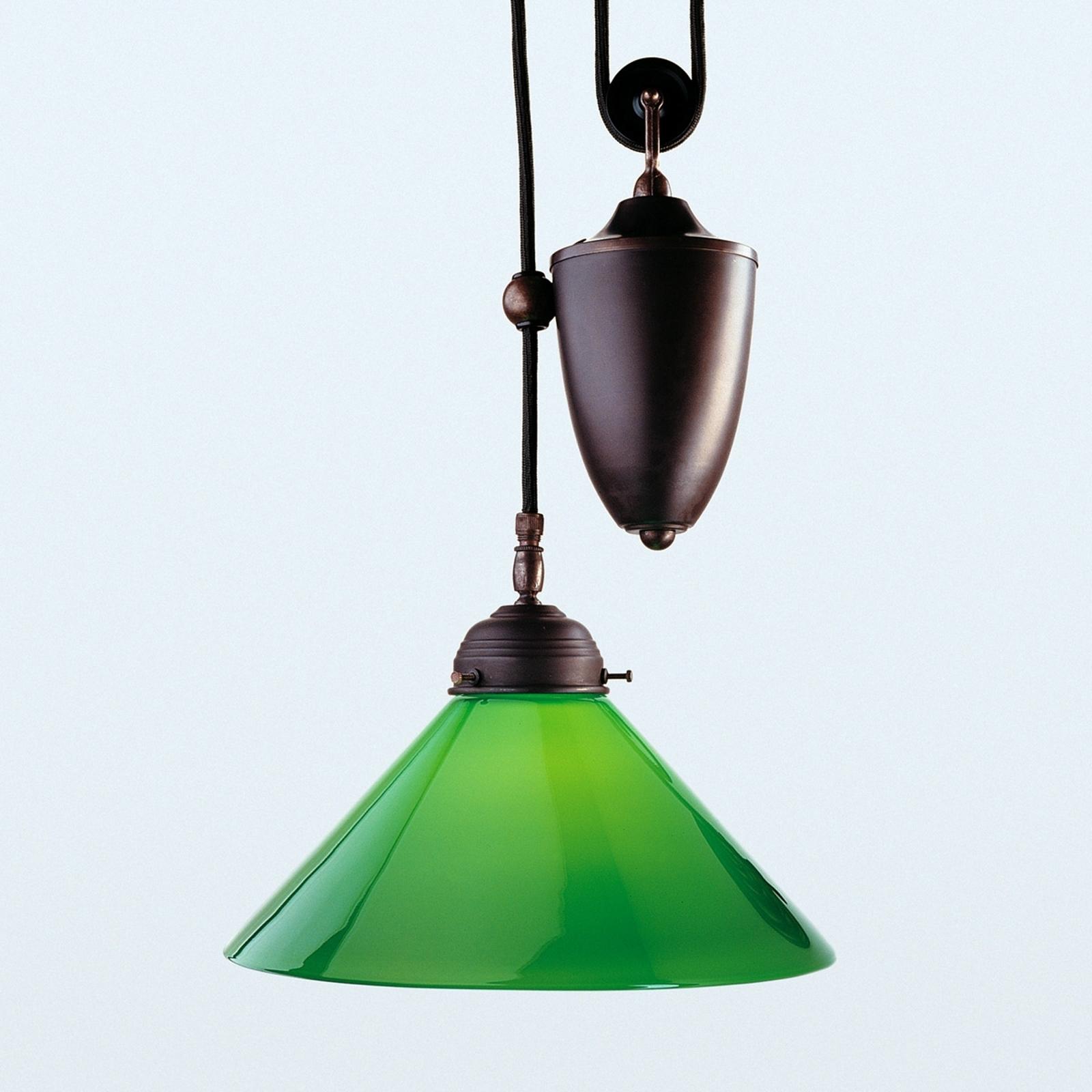 Den antikt farvede hængelampe Jonas med grøn skærm