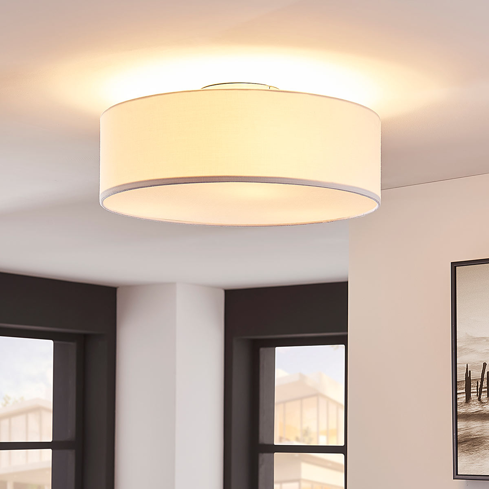 SEBATIN - biała lampa sufitowa z materiału