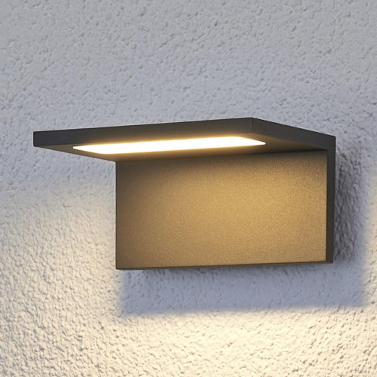 Flache LED-Außenwandleuchte Caner