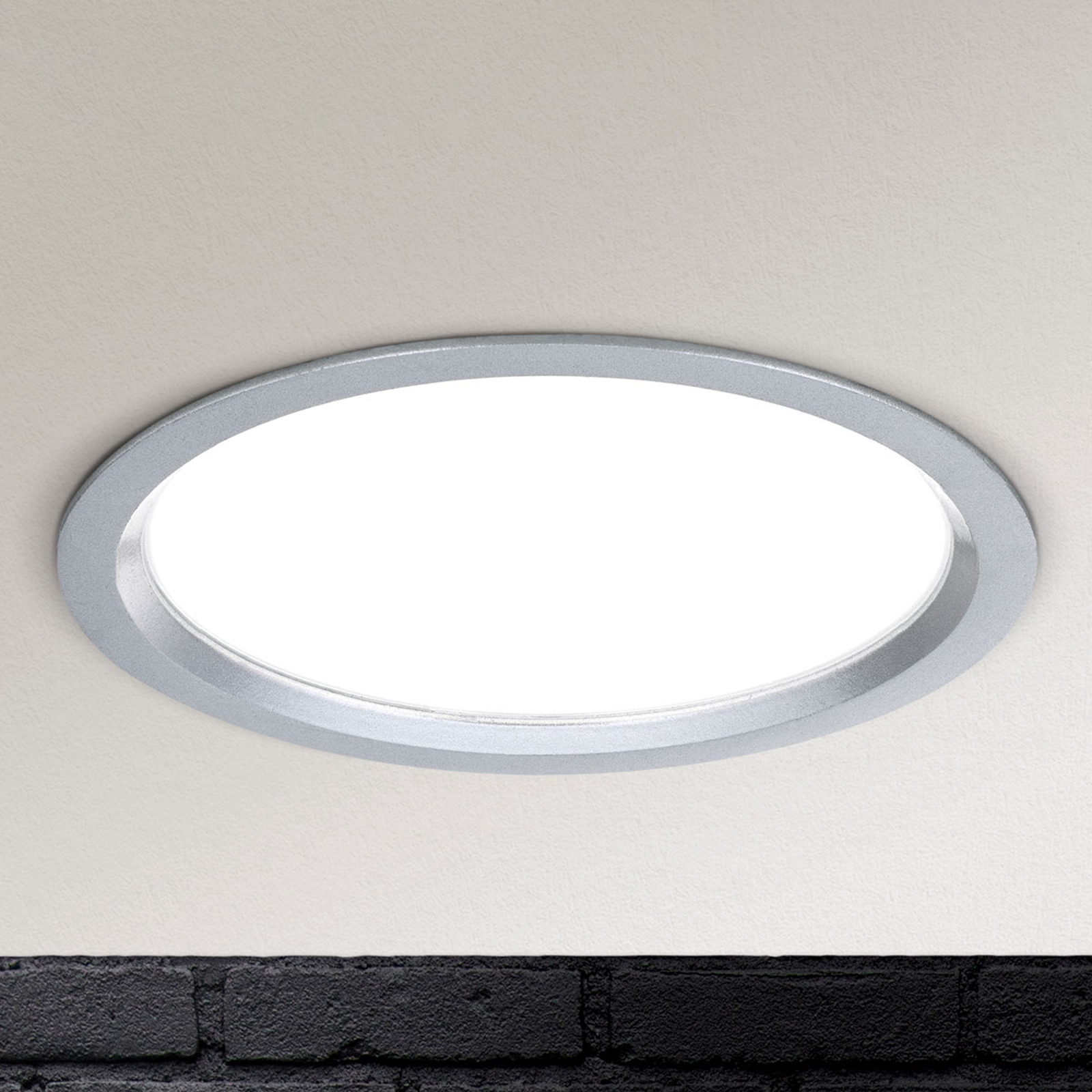 LED-Einbauleuchte Spock dimmbar Ø 17 cm silber