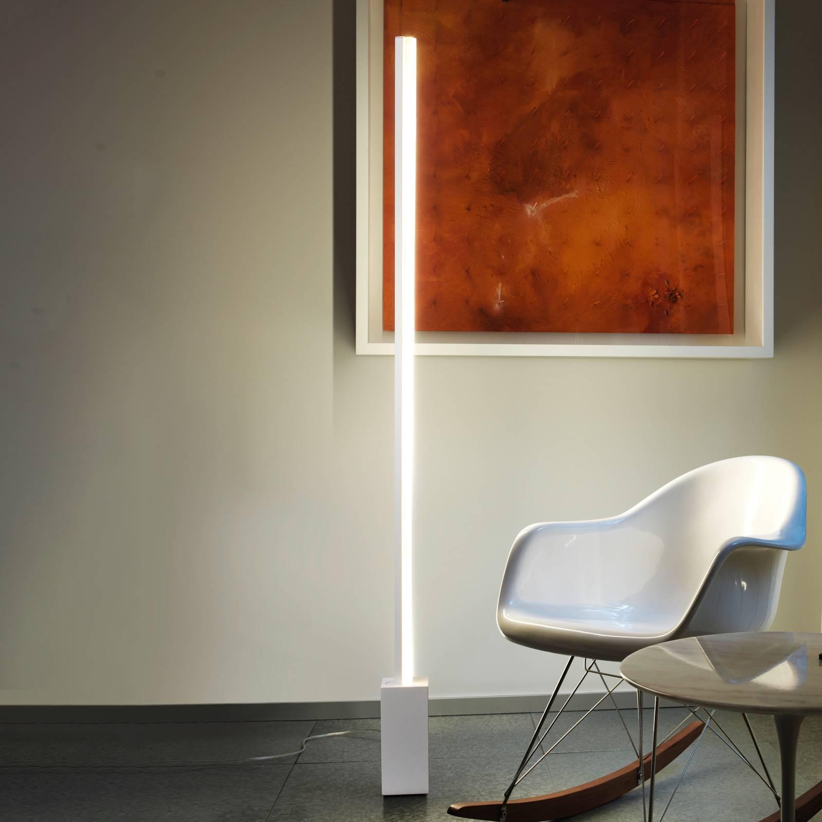 Grok Circ LED vloerlamp van aluminium met dimmer