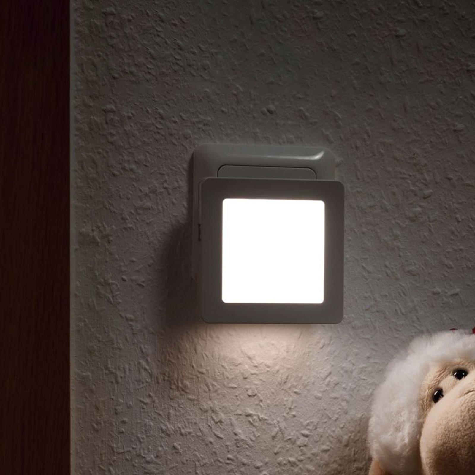 Paulmann Esby lampka nocna LED gniazdo, kątowa
