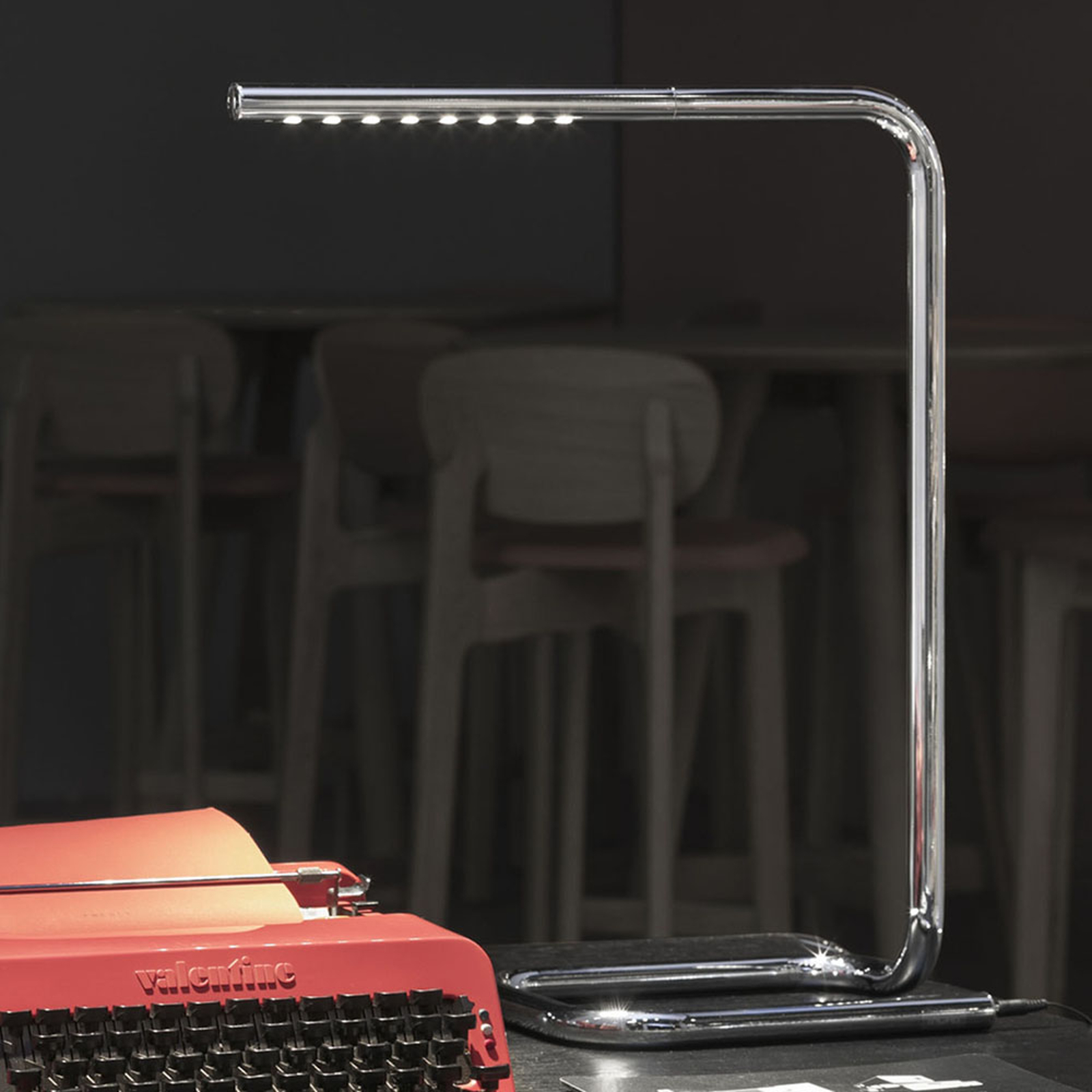 TECNOLUMEN LUM LED-Tischleuchte, chrom