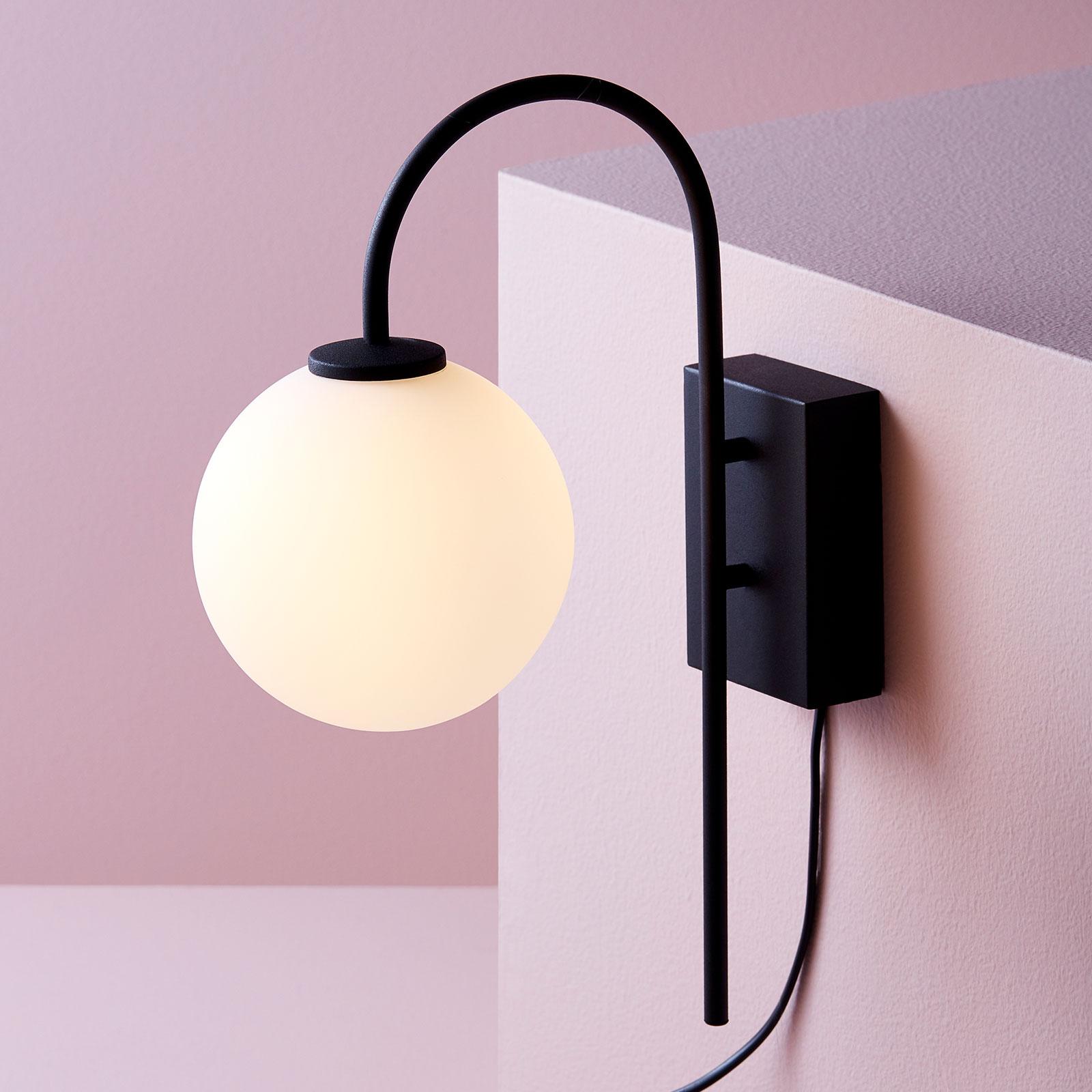 Wandlamp Ballon met stekker, 1-lamp, zwart