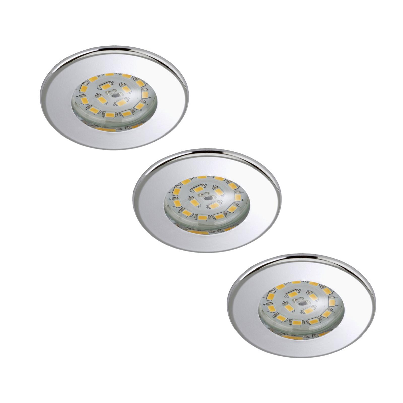 Tres focos empotrables LED Nikas, IP44, cromo