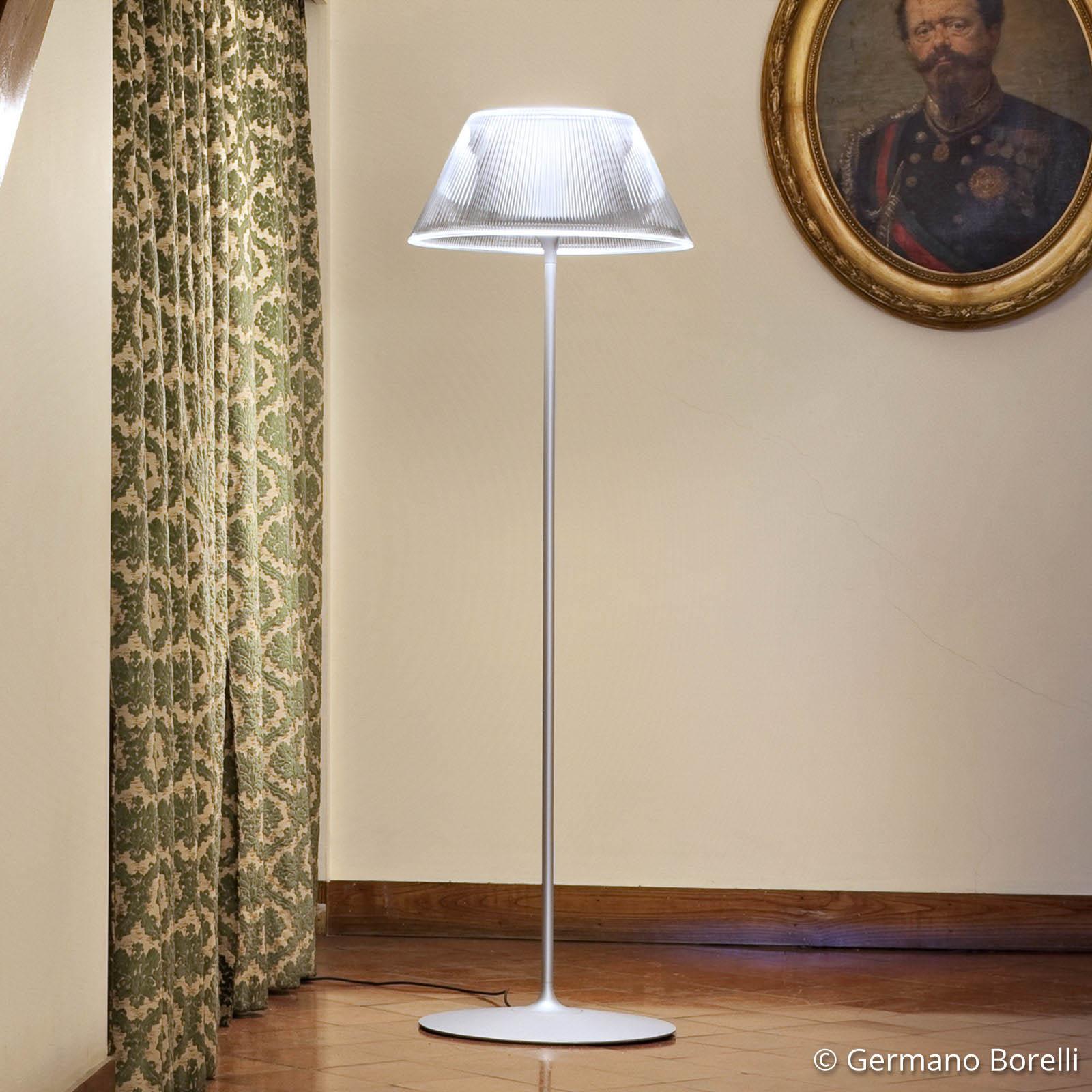 Romeo Moon - Lámpara de pie con pantalla ranurada
