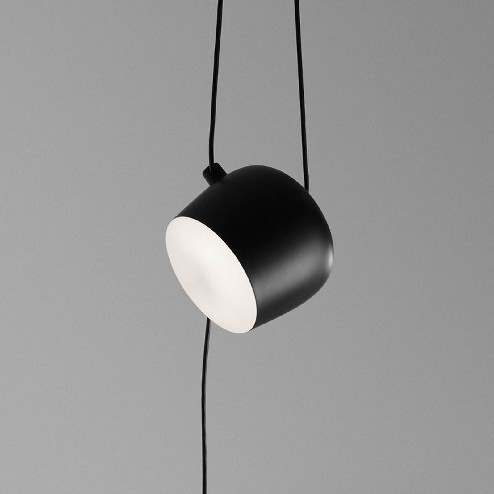 FLOS Aim Small Hängelampe mit Stecker, schwarz