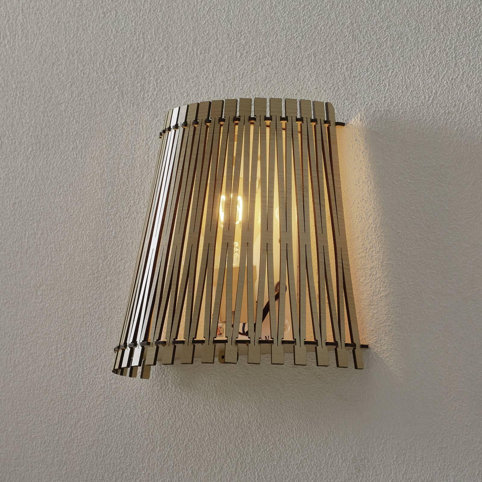 Effectief schijnende houten wandlamp Sendero