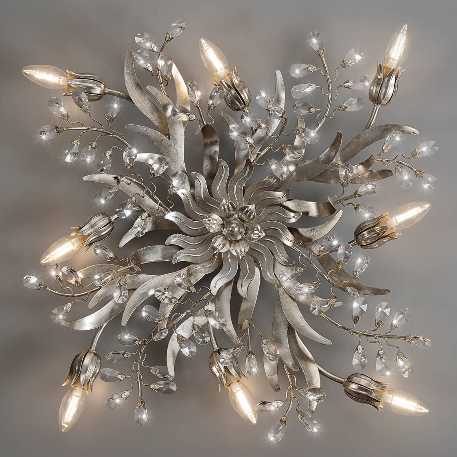 Taklampe Sara i florentinerstil, 8 lys