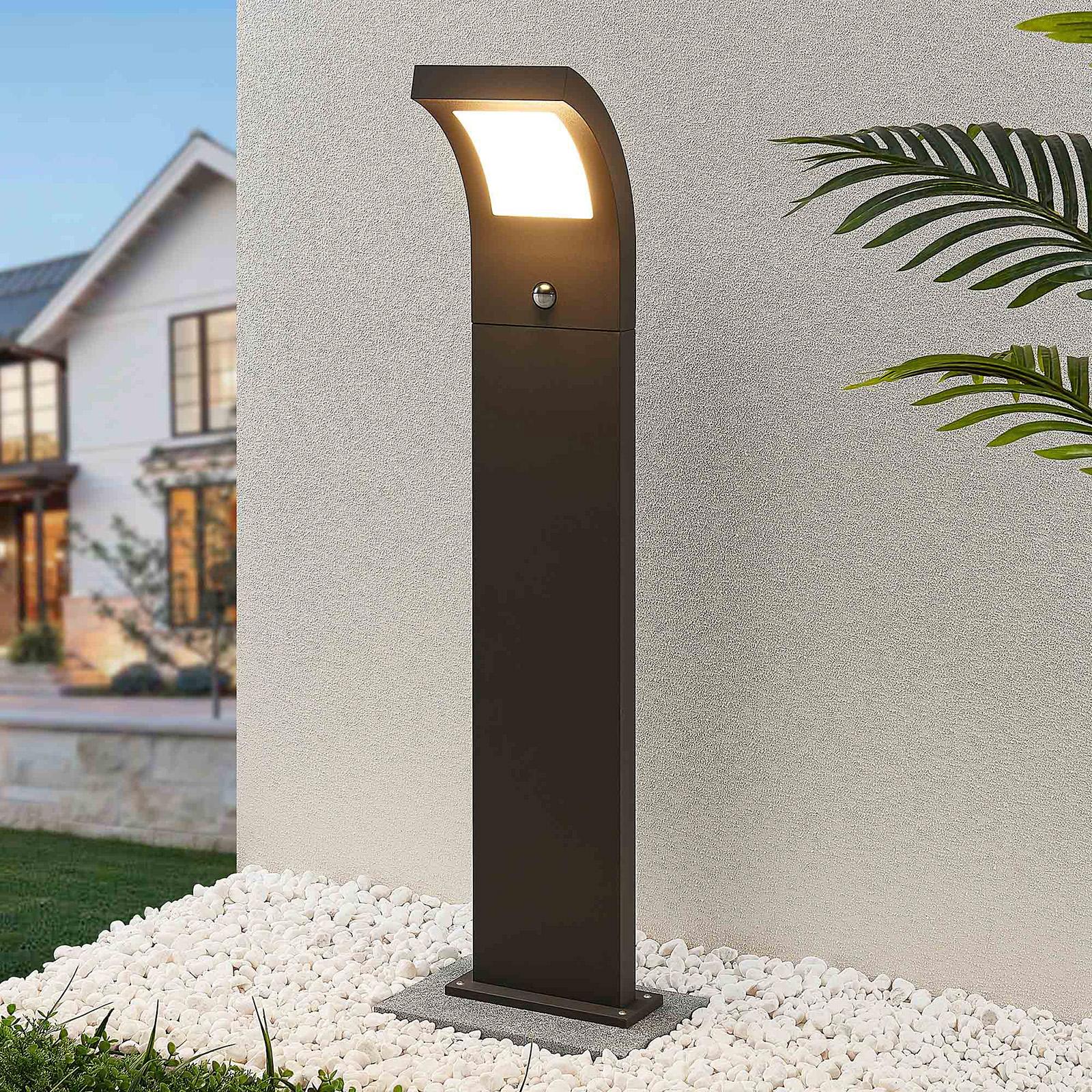 Arcchio Advik LED-veilampe, 100 cm, med sensor