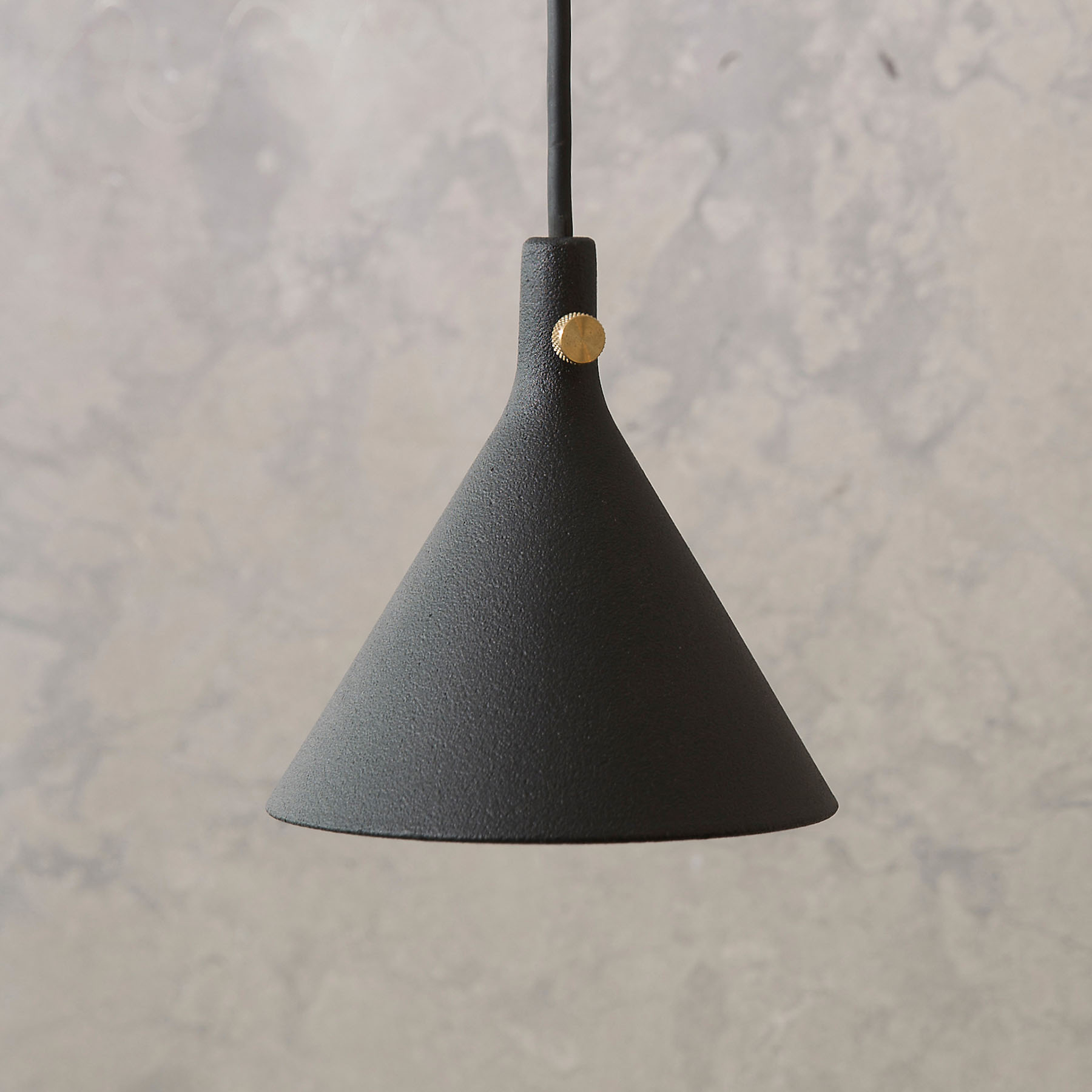 Menu Cast lampa wisząca LED czarna, Shape 1