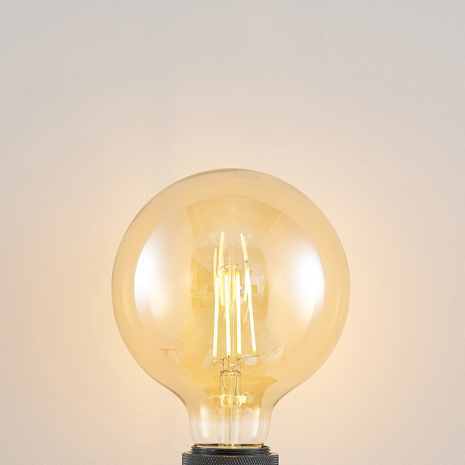 LED-Lampe E27 G125 6,5W 2.500K amber 3-Step-Dimmer