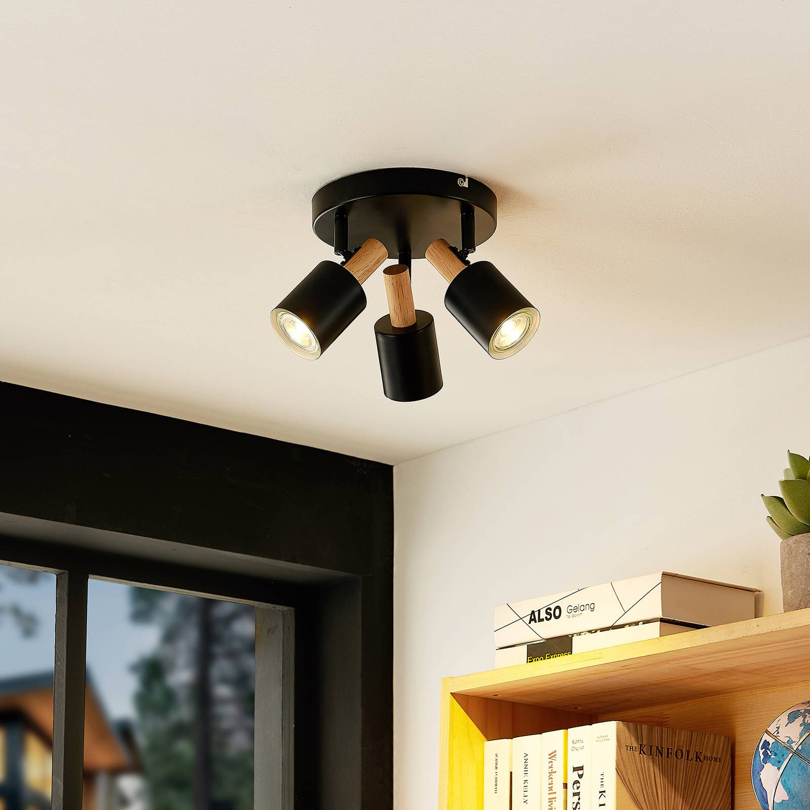 Lindby Junes spot soffitto, 3 luci, nero