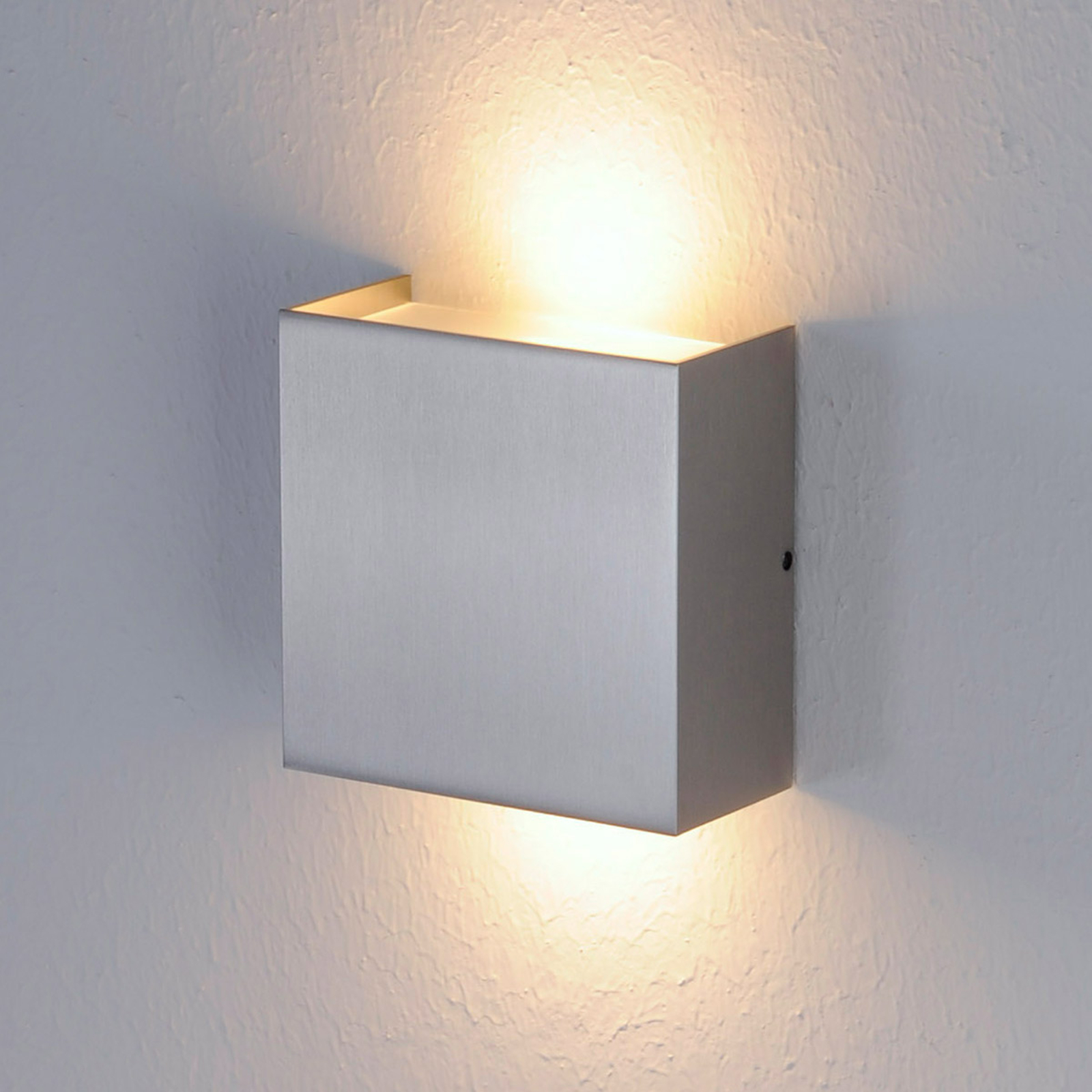 Applique LED Mira à finition nickel mat