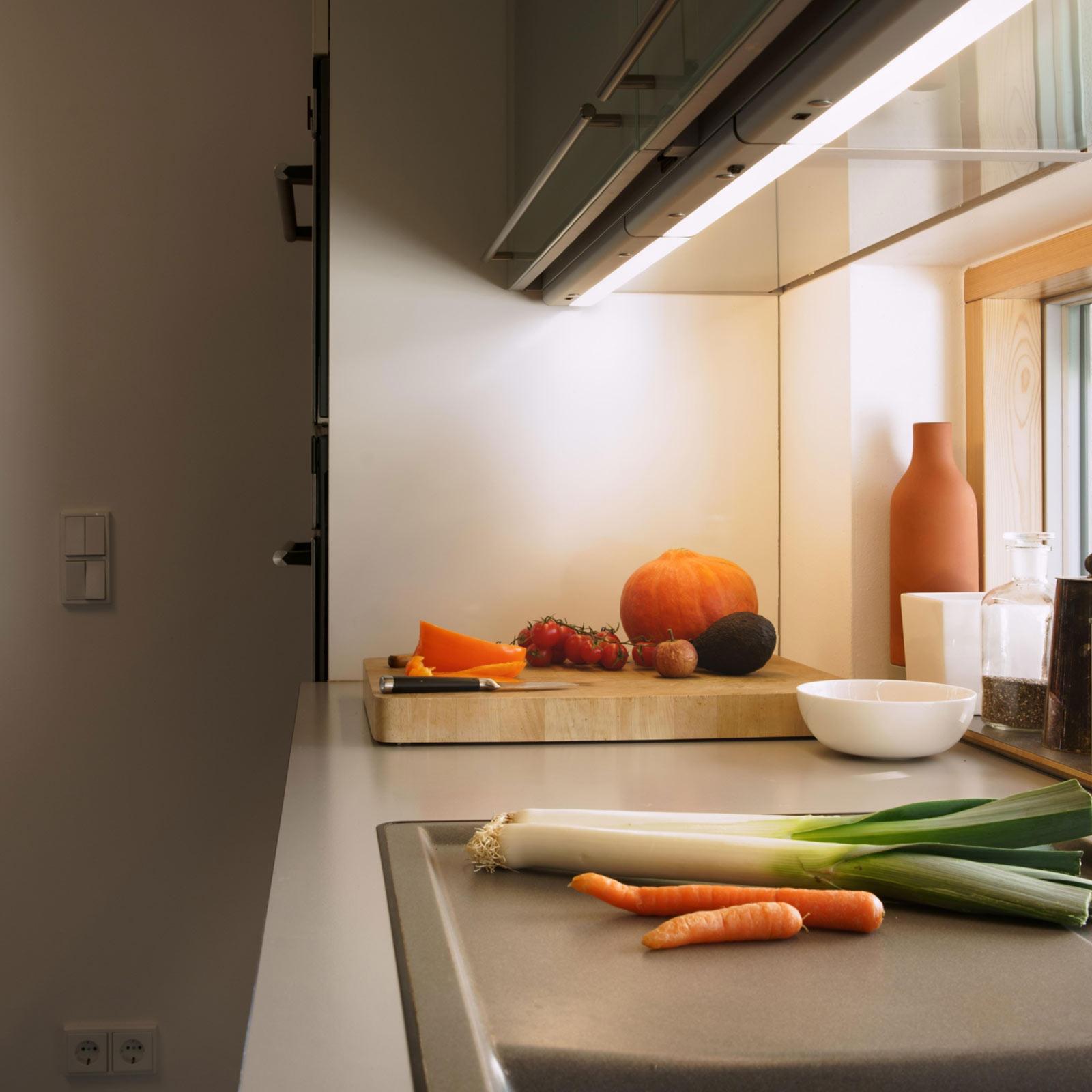LEDVANCE Linear Flat lampada per mobili 12W 12.12K