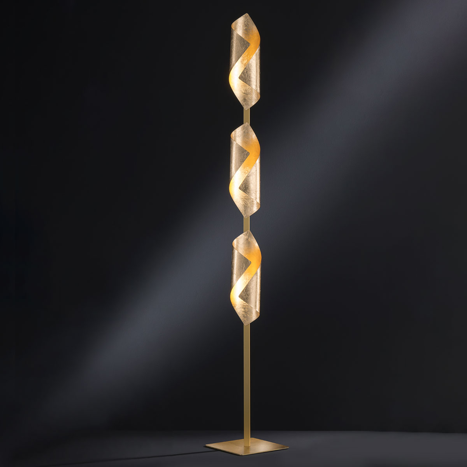Lampadaire LED Safira en doré brillant