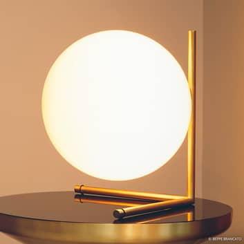 Stolní lampa FLOS IC T2, kartáčovaná mosaz