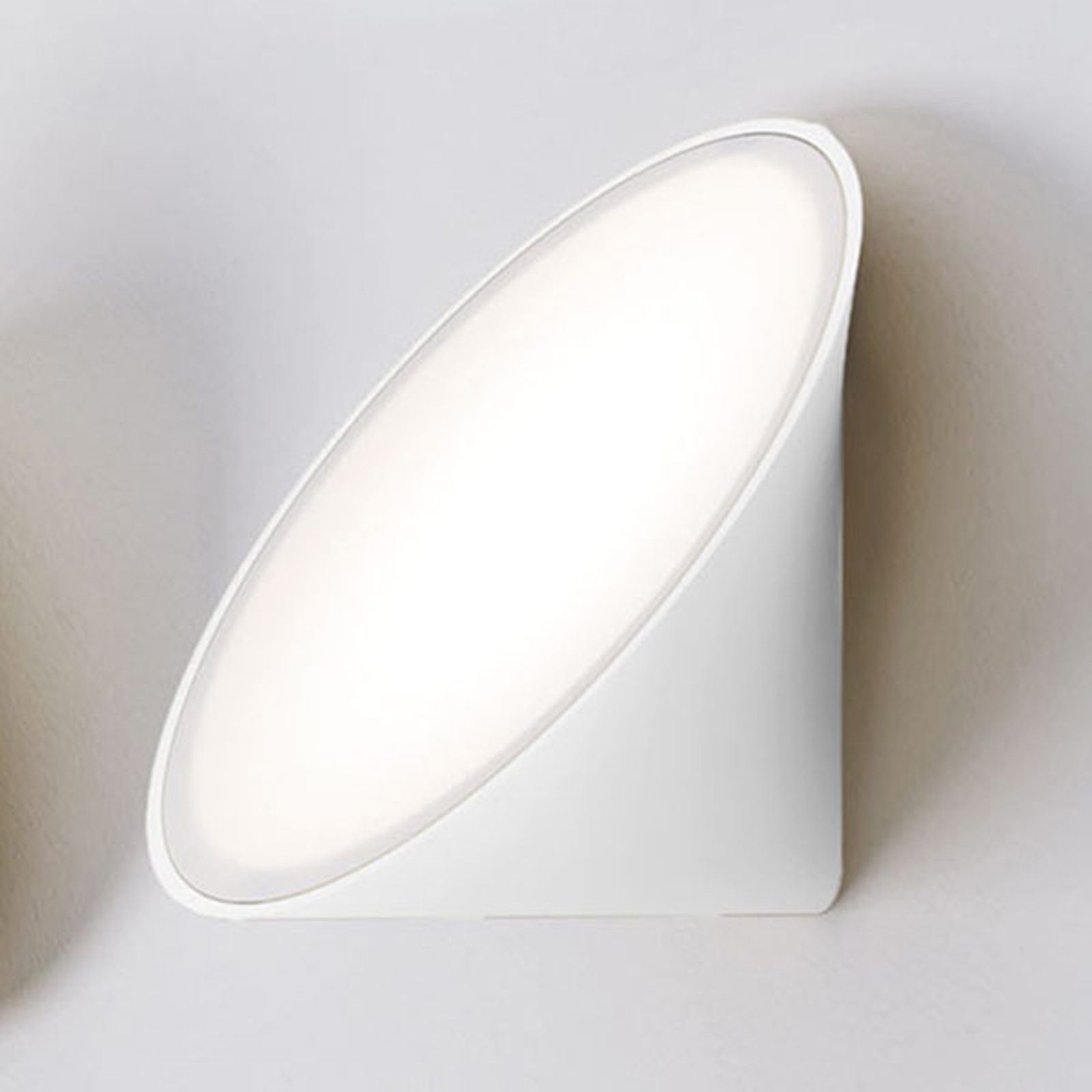 Axolight Orchid LED wandlamp, wit