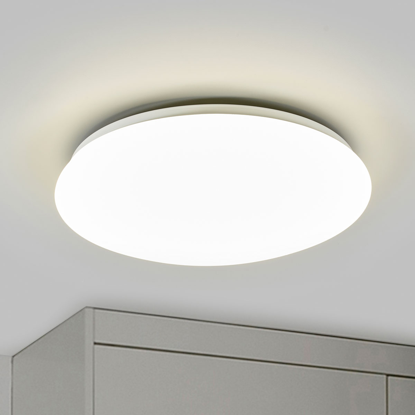 Witte LED-plafondlamp Suede