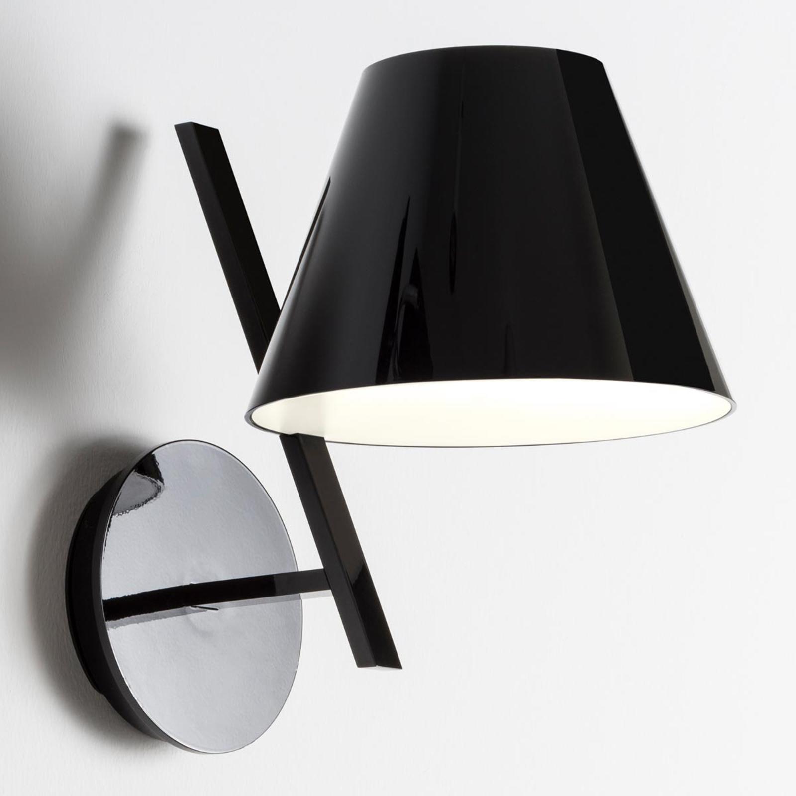Applique nera di design La Petite