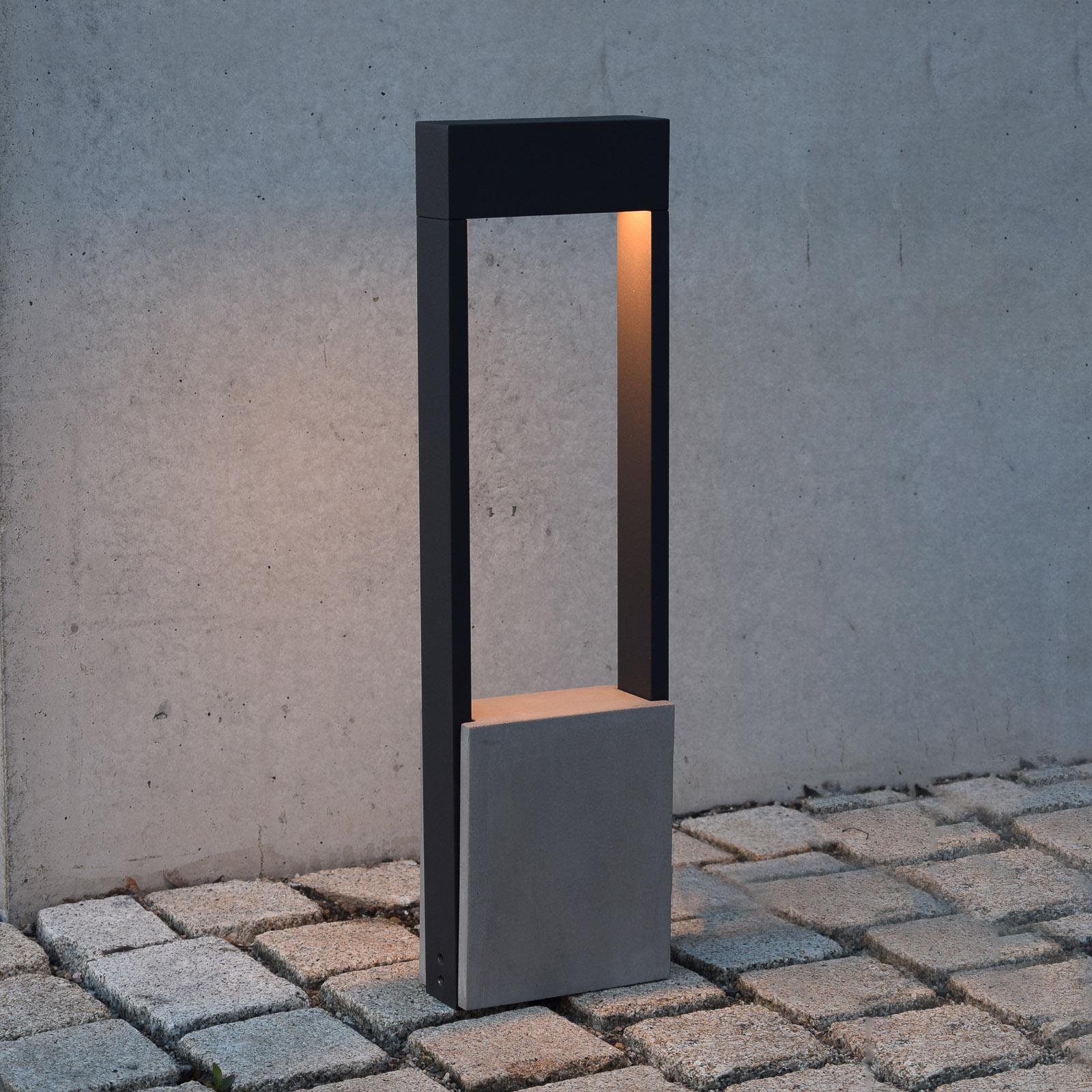 LED-Wegeleuchte Chertan, Betonelement, Höhe 60 cm