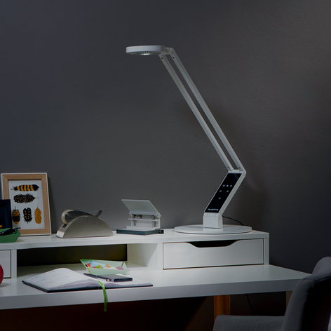 Luctra Table Linear LED-Tischleuchte mit Fuß