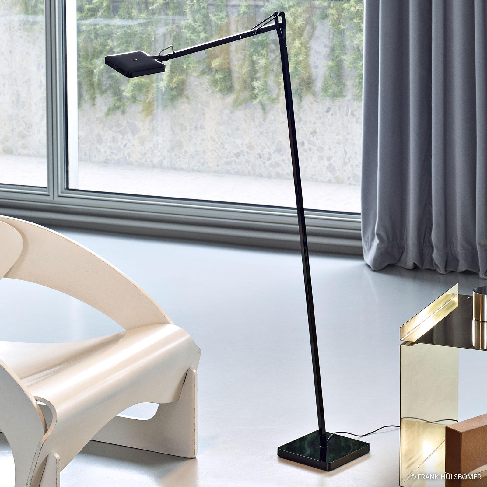 KELVIN LED design-lattiavalaisin, musta