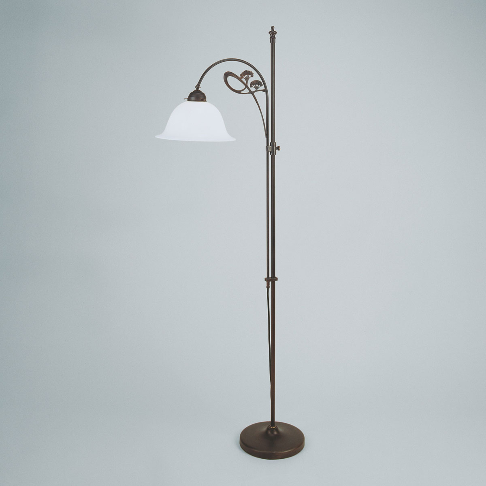Ilka subtle floor lamp, antique colour scheme_1542057_1