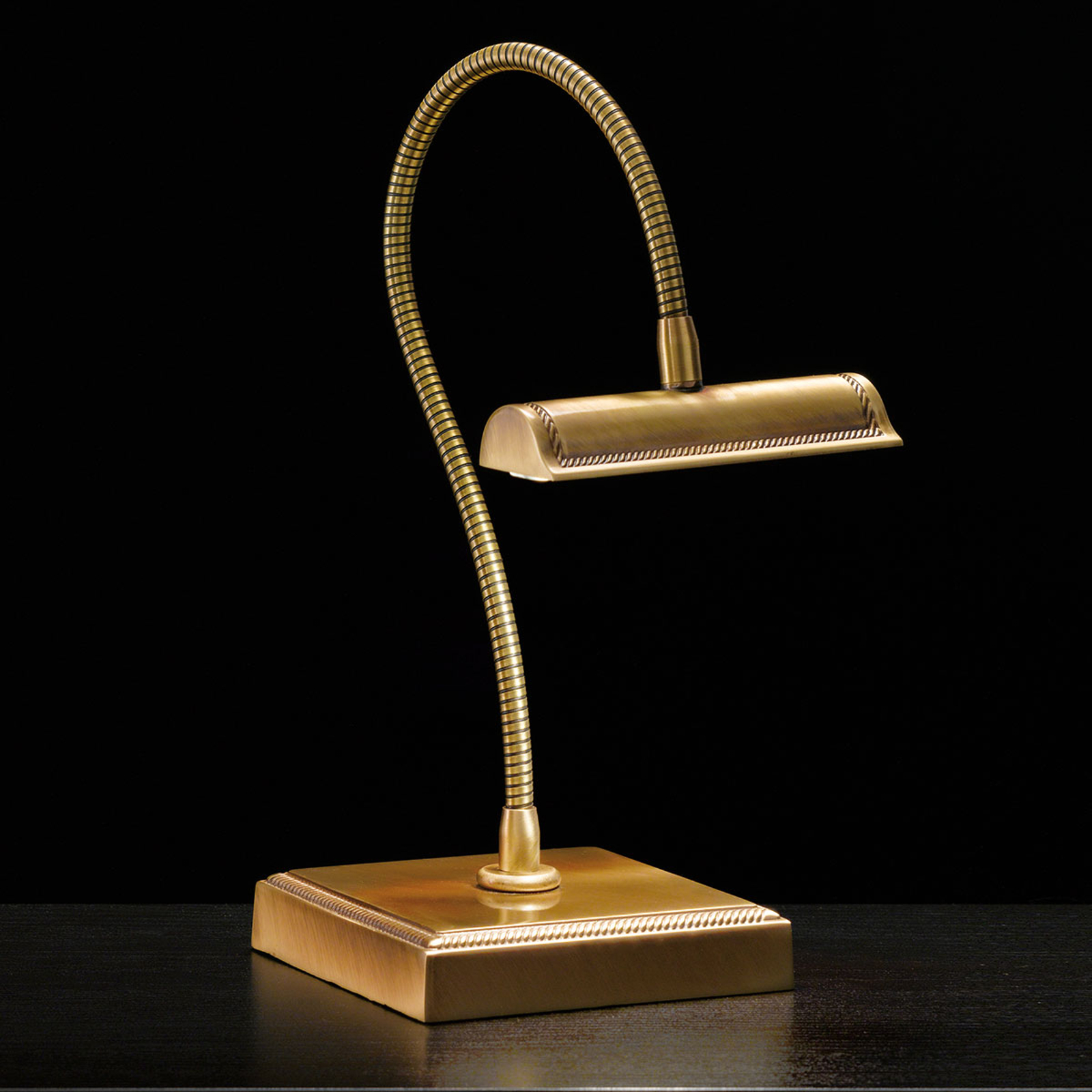 Vesměs flexibilní stolní lampa LED Davide