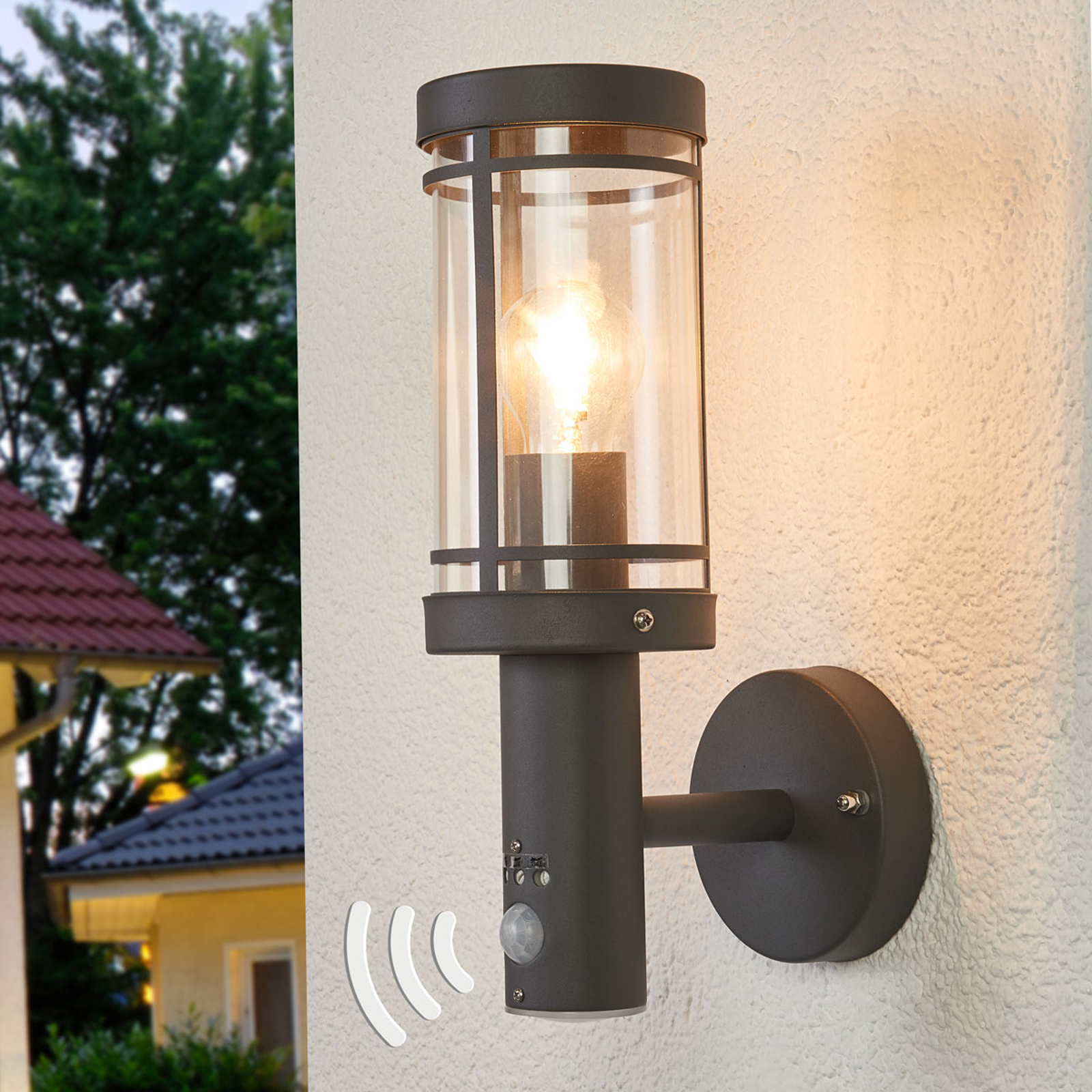 Lampa ścienna Djori z czujnikiem ruchu, zewnętrzna