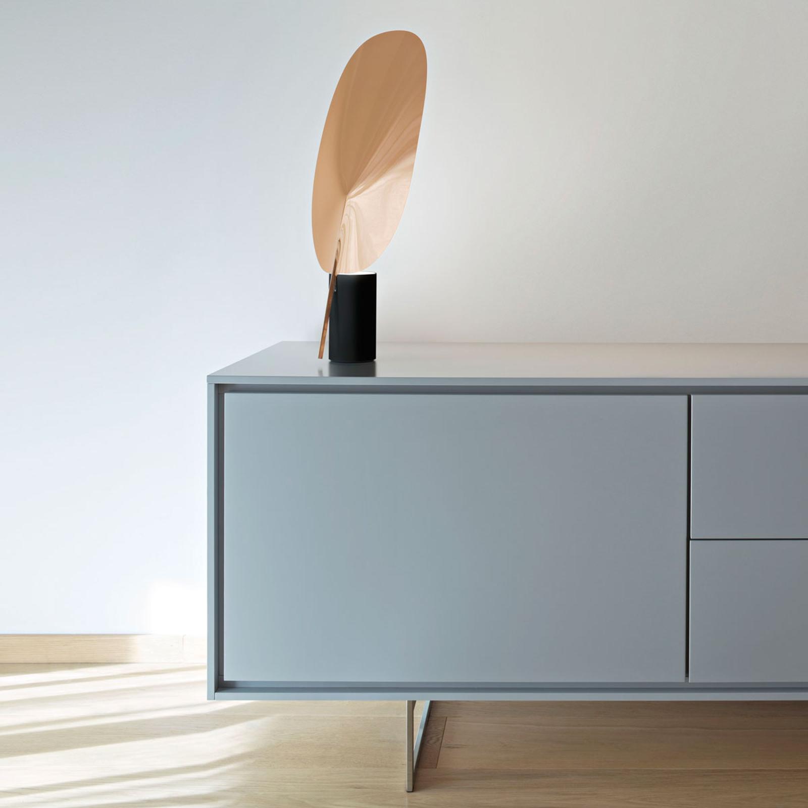 FLOS Serena - dimmbare LED-Tischleuchte, kupfer