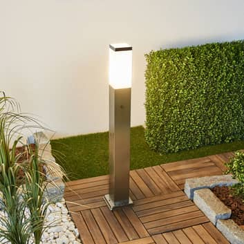 LED-gånglampa 400166 med två eluttag, sensor