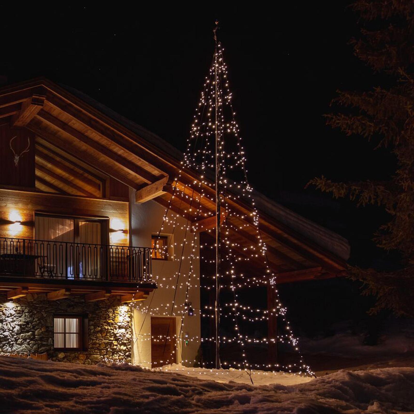 Twinkly Light Tree für außen, RGBW, Höhe 400cm