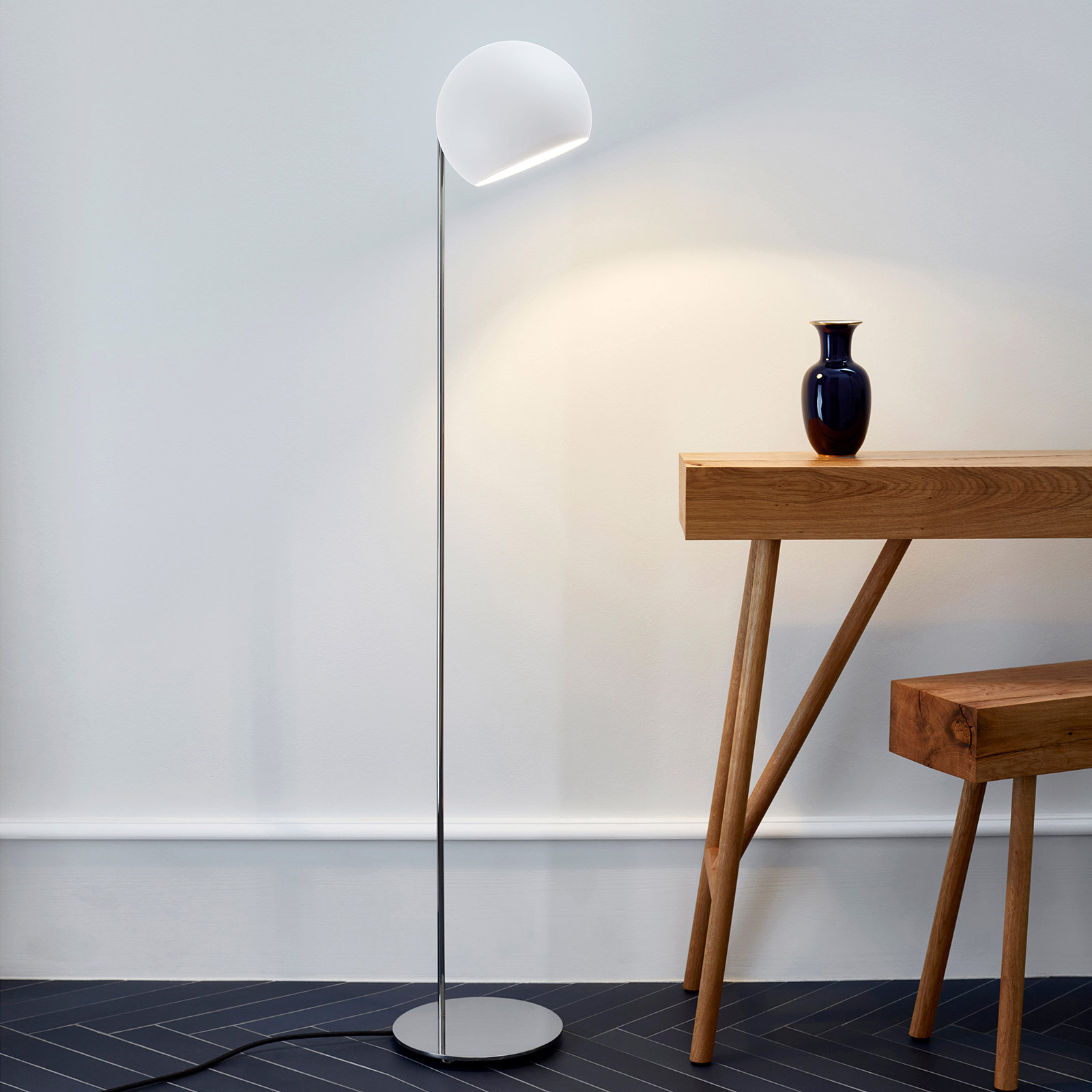 Nyta Tilt Globe Floor stojaca lampa oceľ_7023052_1