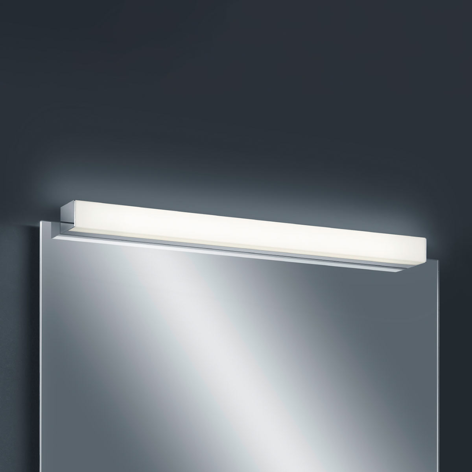 Helestra Lado - LED-spejllampe 60 cm
