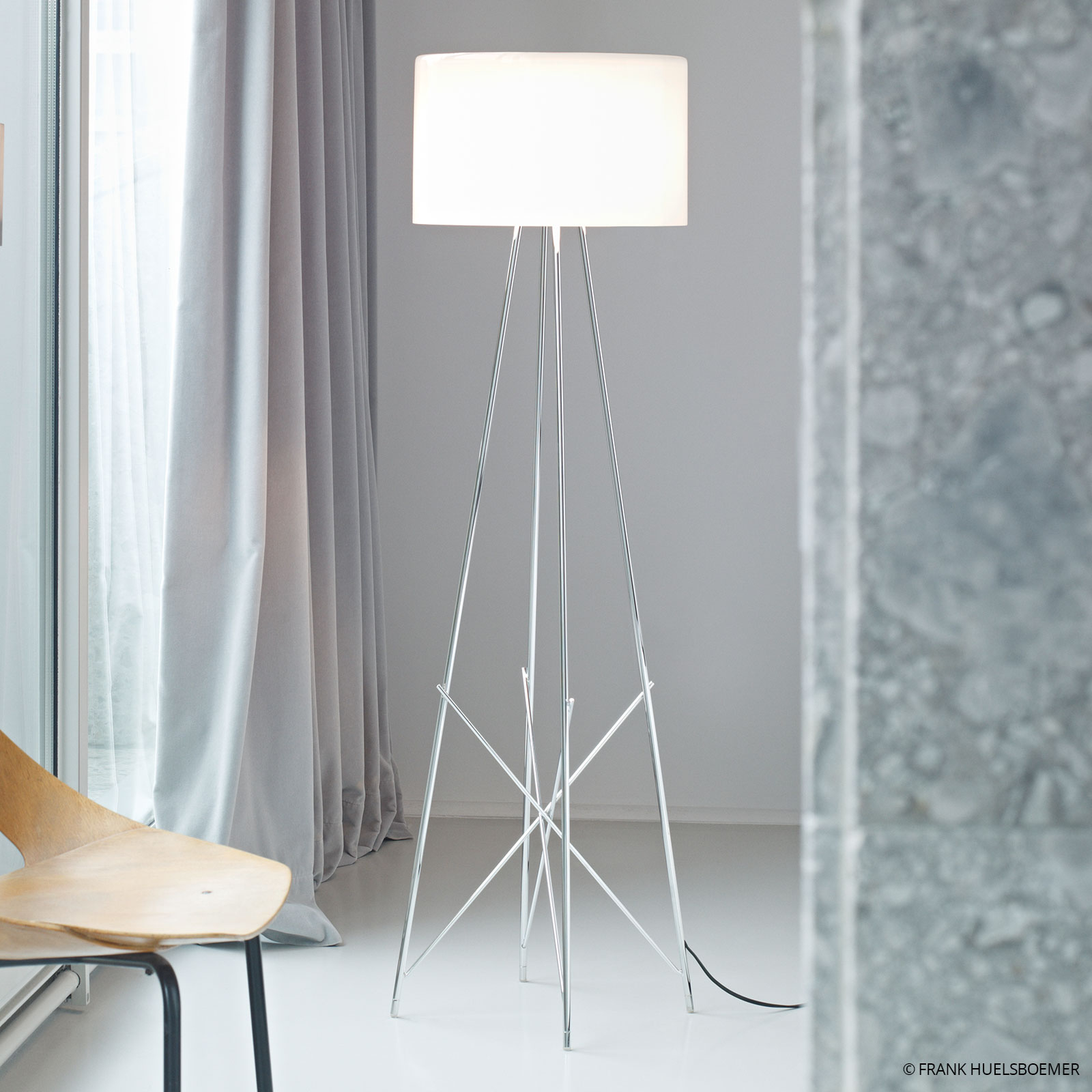 Lampadaire RAY F1 by FLOS blanc