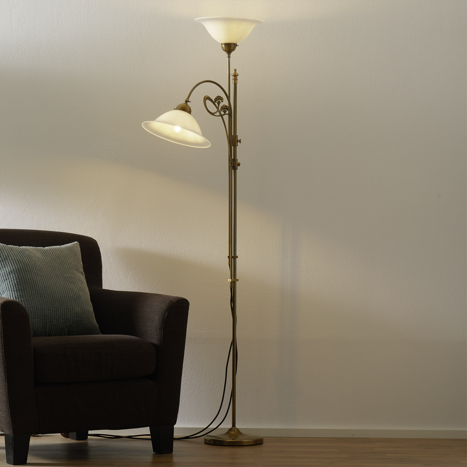 Alwine brass floor lamp two-bulb_1542009_1