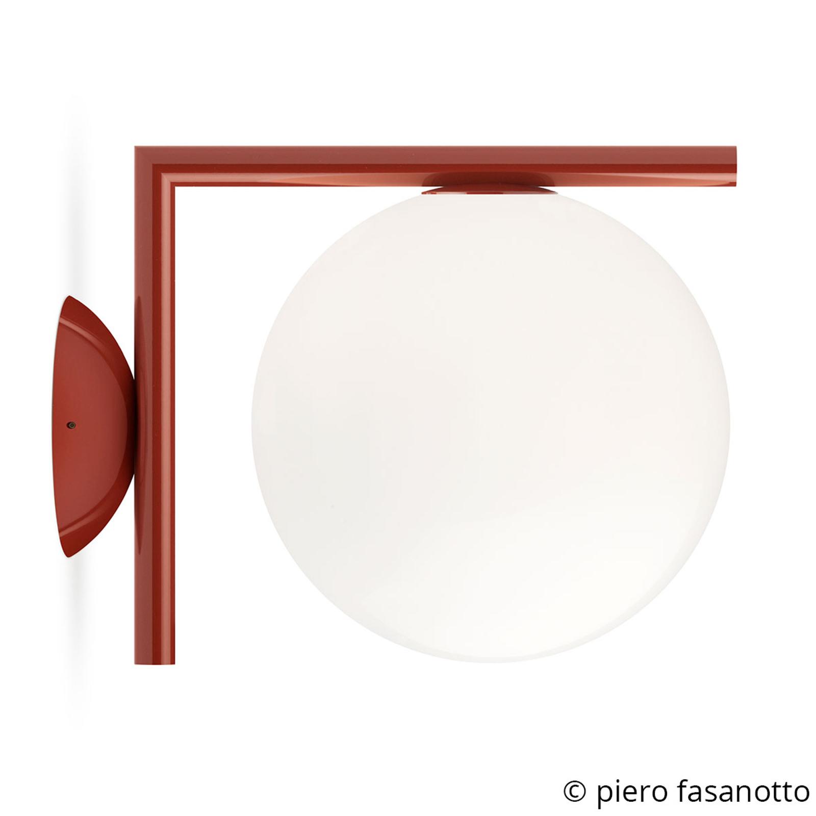FLOS IC C/W1 lampa ścienna, burgundowa Ø 20 cm