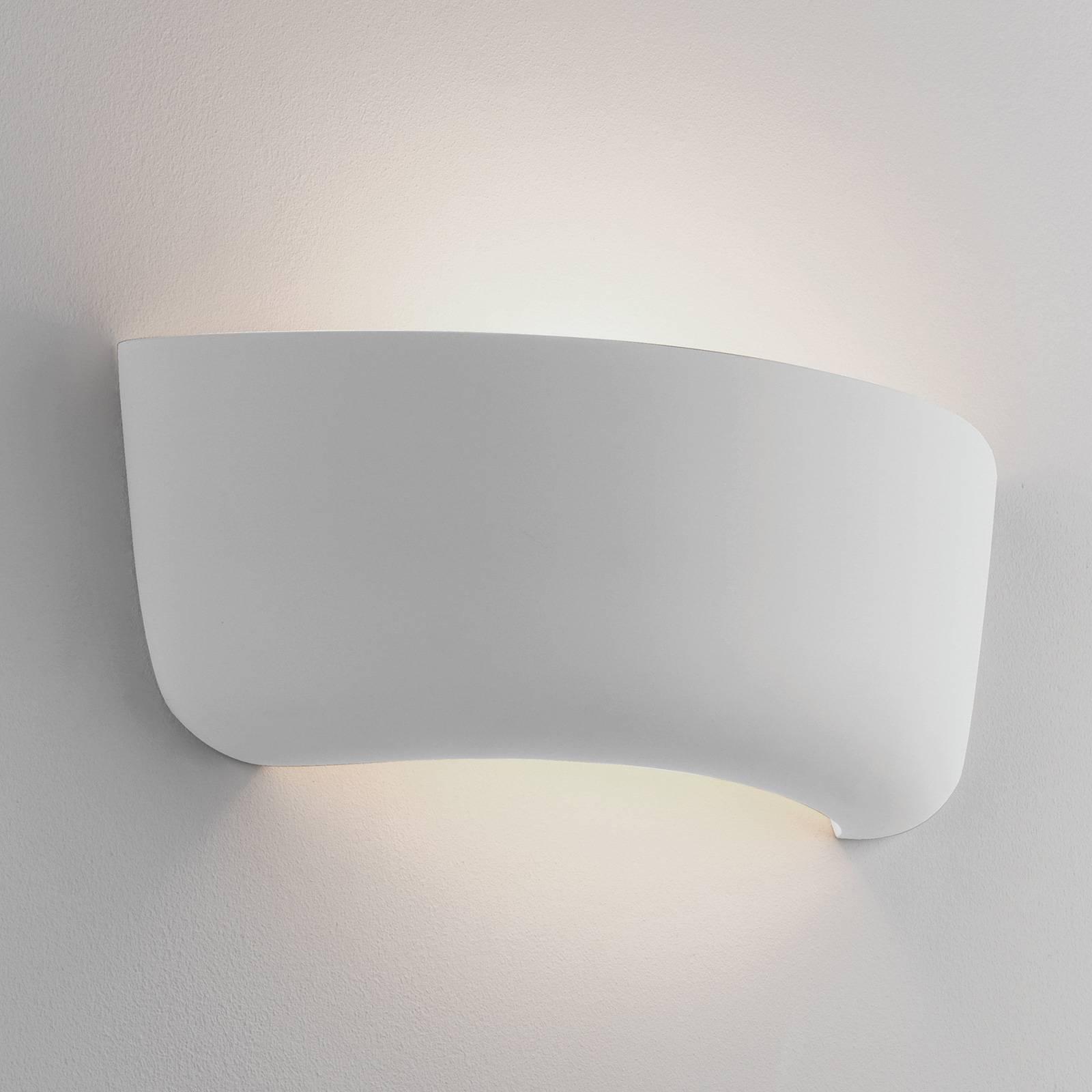 Astro Gosford 340 wandlamp van keramiek, 34 cm