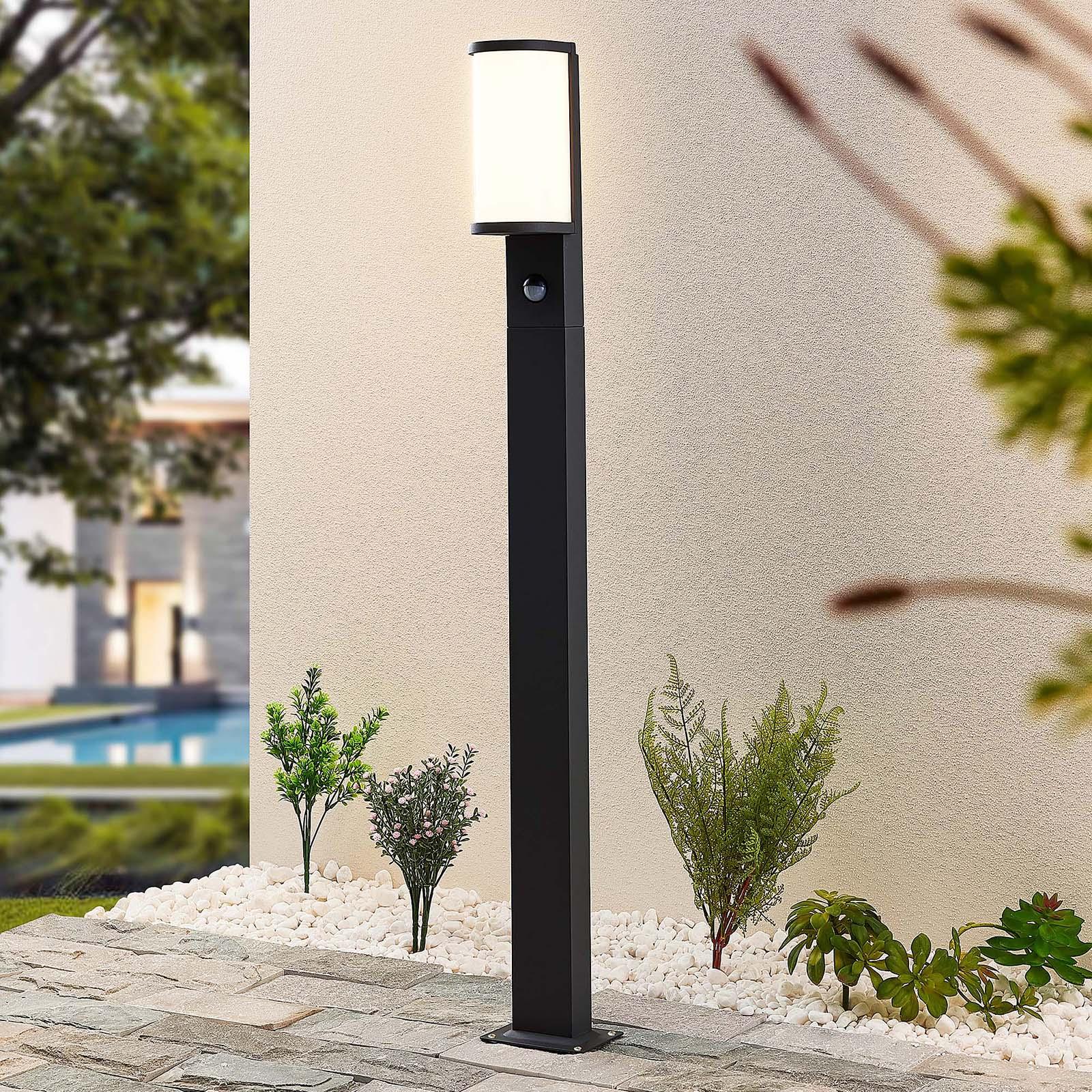 Lucande Jokum borne LED, IP54, 100cm, capteur