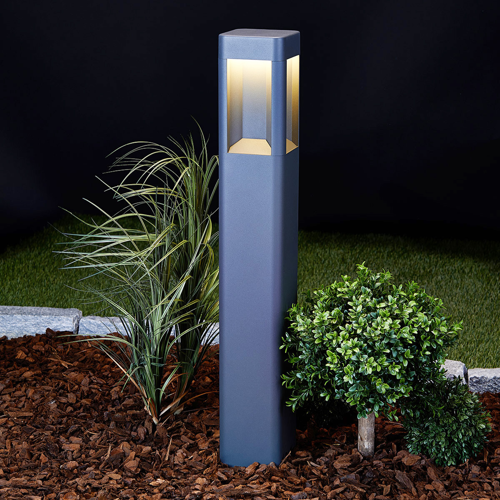 LED-sokkellampe Annika av aluminium, 80 cm