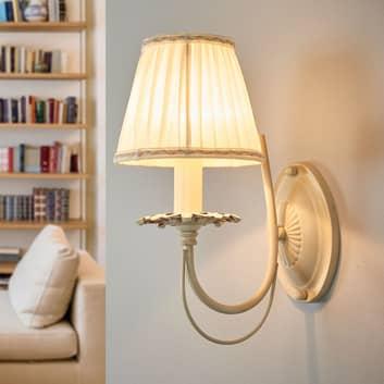 Elegant væglampe Olivia med plisseret skærm