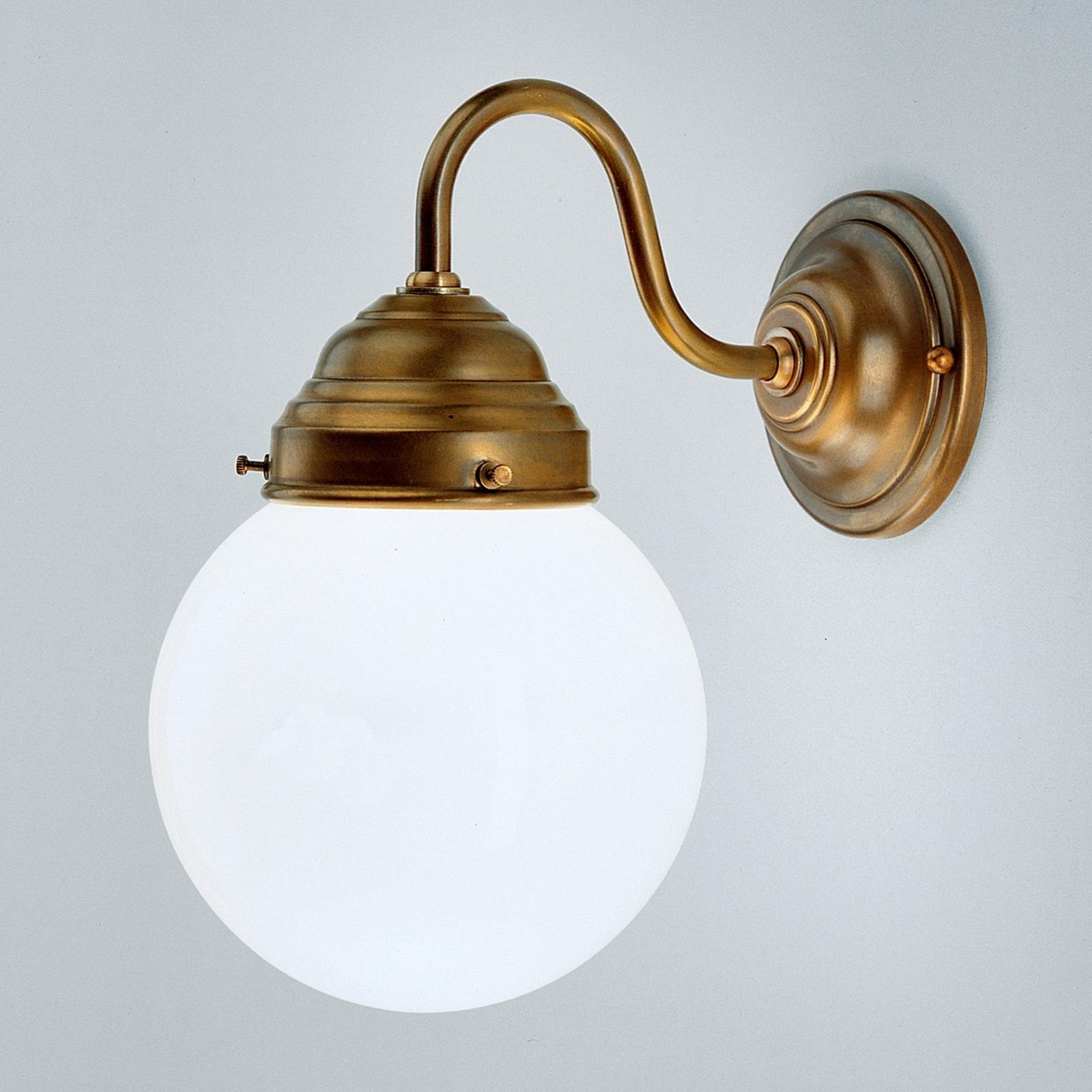 Lampada da parete Larry in ottone