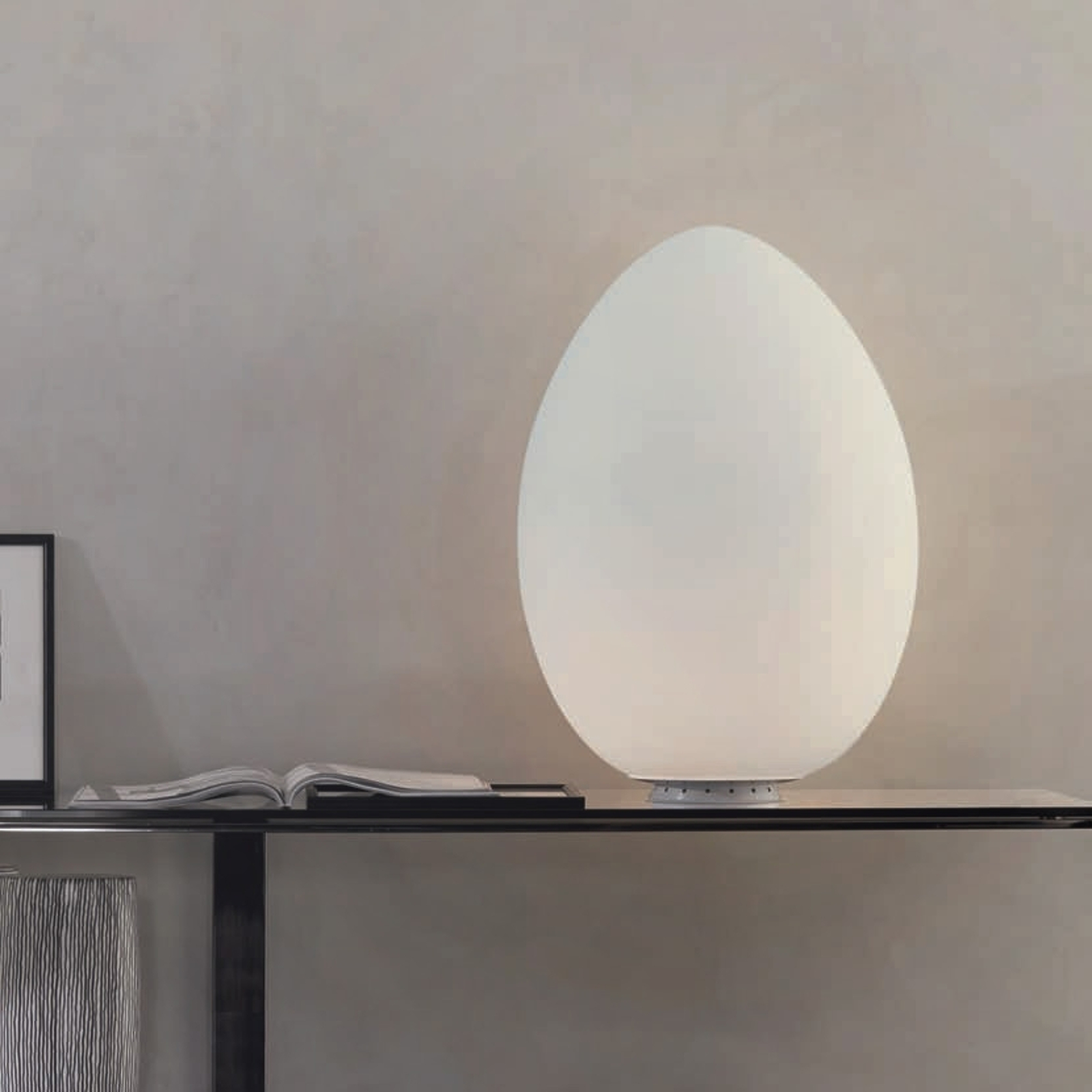 Przepiękna lampa stołowa UOVO 27 cm