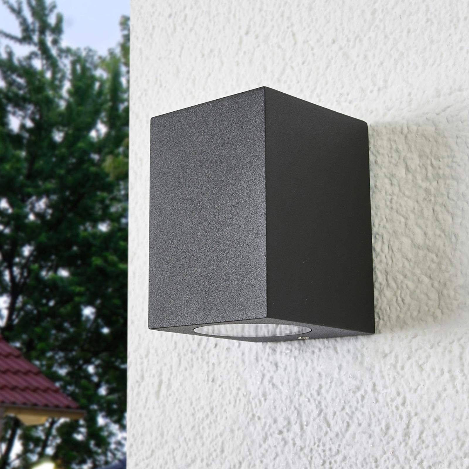 Utendørs Maurice halogen vegglampe, IP54 | Lampegiganten.no