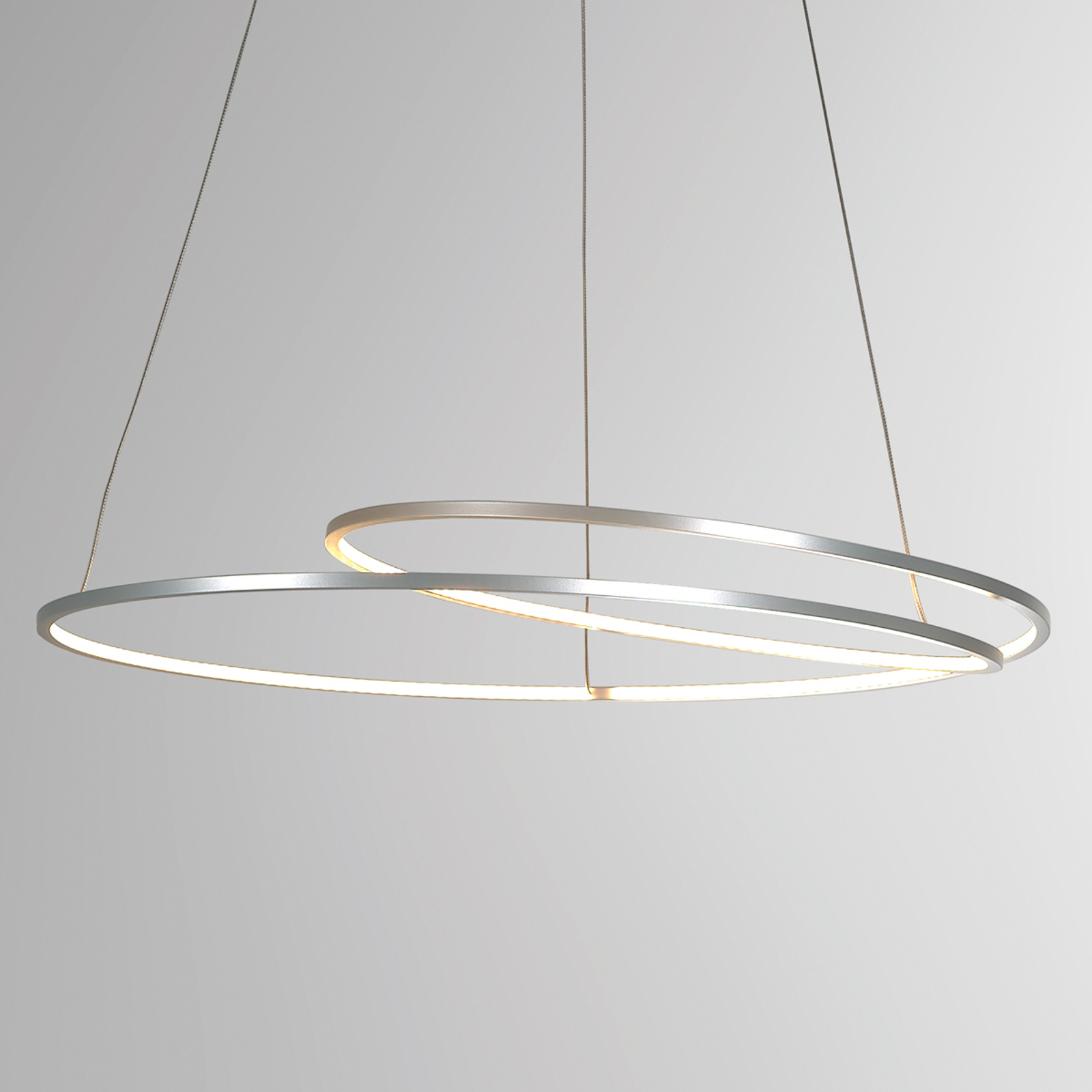 Filigranowa lampa wisząca LED At, ściemniana