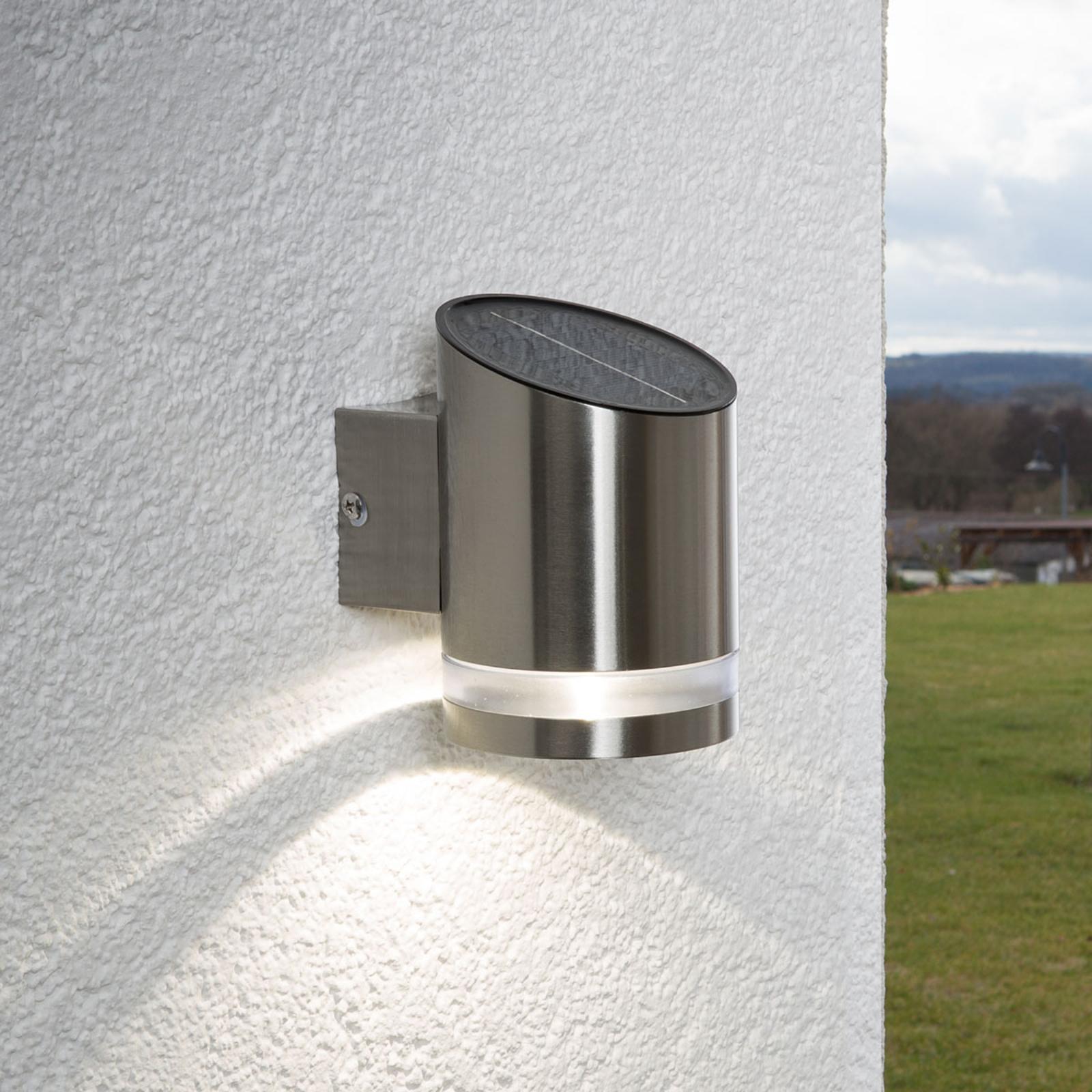 LED-solcellelampe Salma til anbringelse på muren