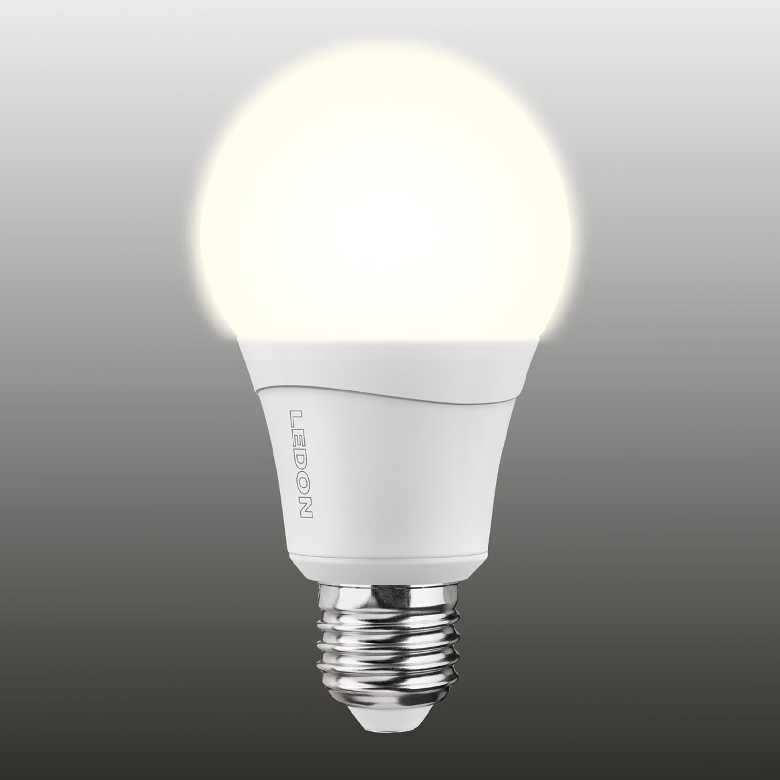 E27 10W ledlamp in twee kleuren (827/840), dimbaar